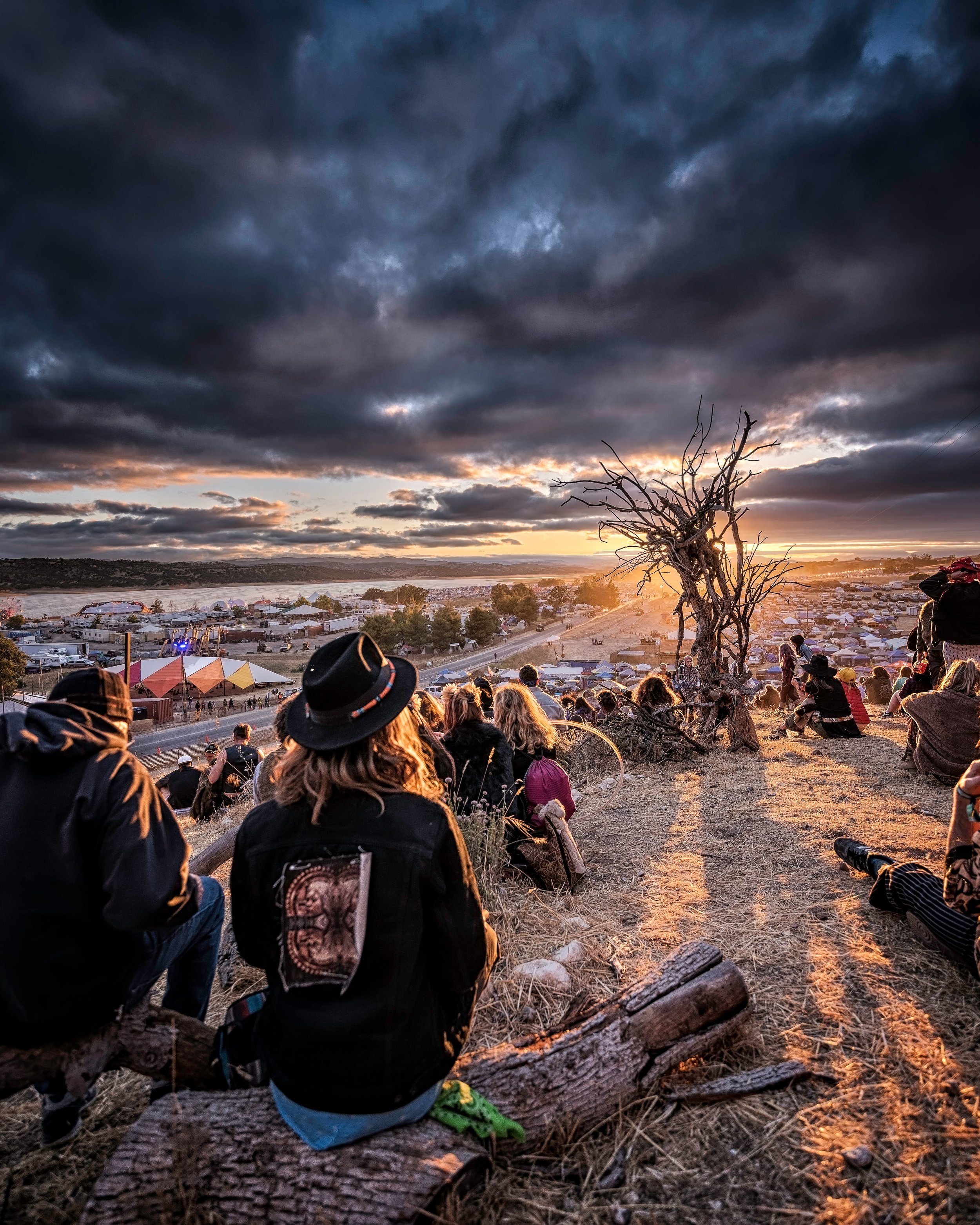 LIB Sunset - Eric DeLeon.jpg