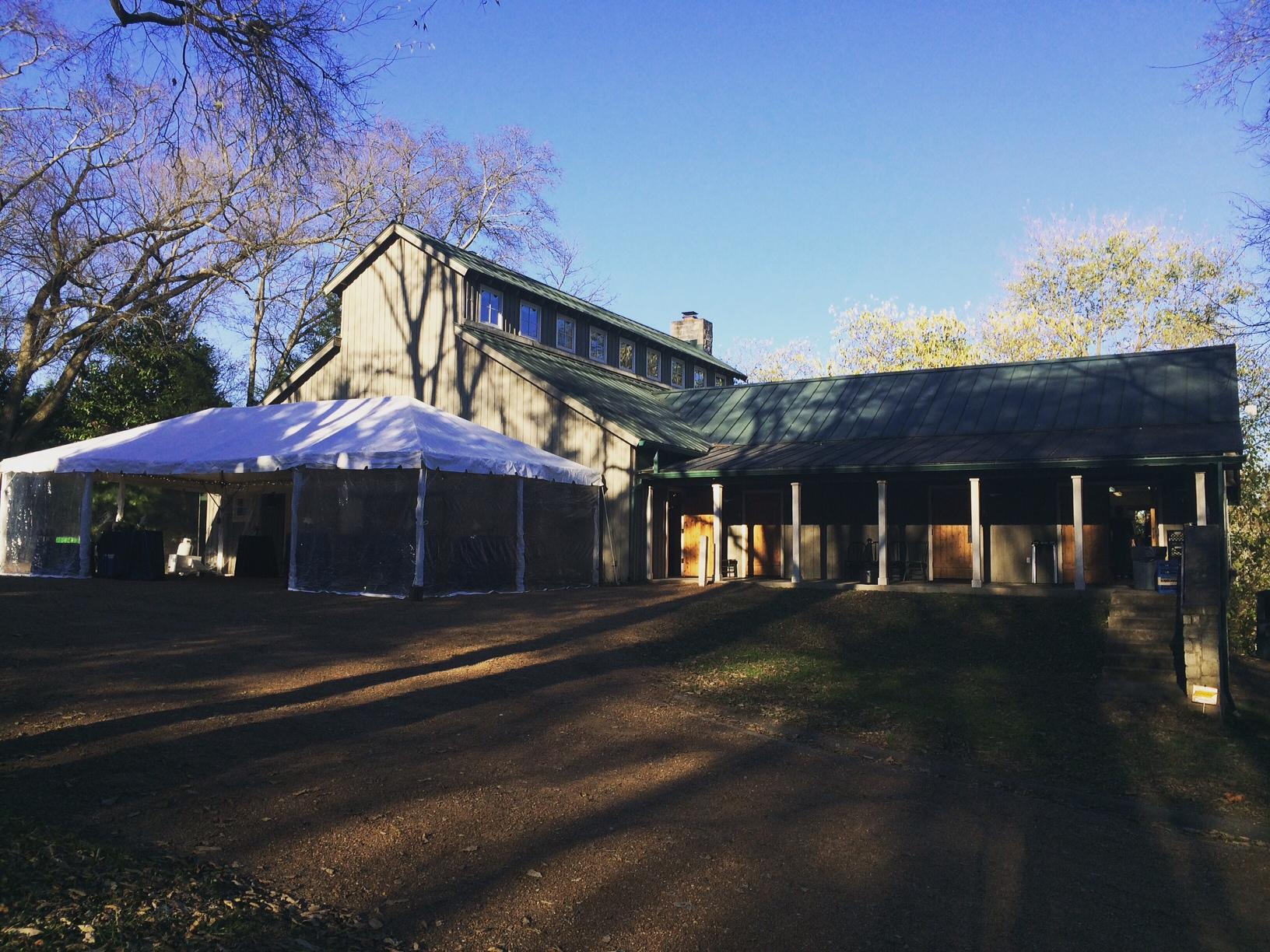 Tennessee Barn Wedding anyone?