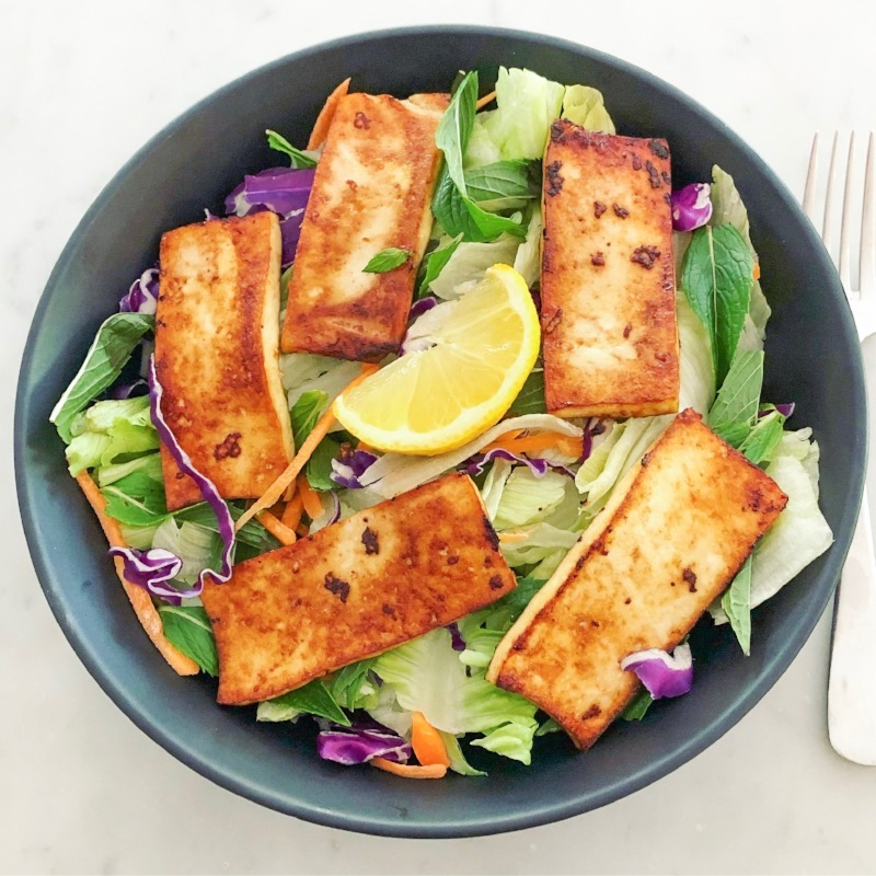 Fresh Asian Salad with Tamari and Garlic Tofu