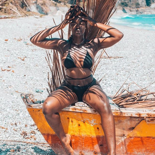 👑 We gotta have strong posture, cause our crowns are heavy 👑⁣ .⁣ .⁣ .⁣ .⁣ 📷 @jehycolaugu⁣ caption @iam_edwina_wehjla 🖤⁣ .⁣ .⁣ .⁣ .⁣ .⁣ .⁣ .⁣ .⁣ .⁣ .⁣ #wanderlust #travelnoire#travelnomad #dominicanrepublic #dominicano #sajenicole #explorepage #melaninonfleek #melaninpoppin #blackgirlmagic #blackisbeautiful #blackwomen #blackexcellence #blackbeauty #darkskingirls #melaninmonday #blackbeauties #blackqueen