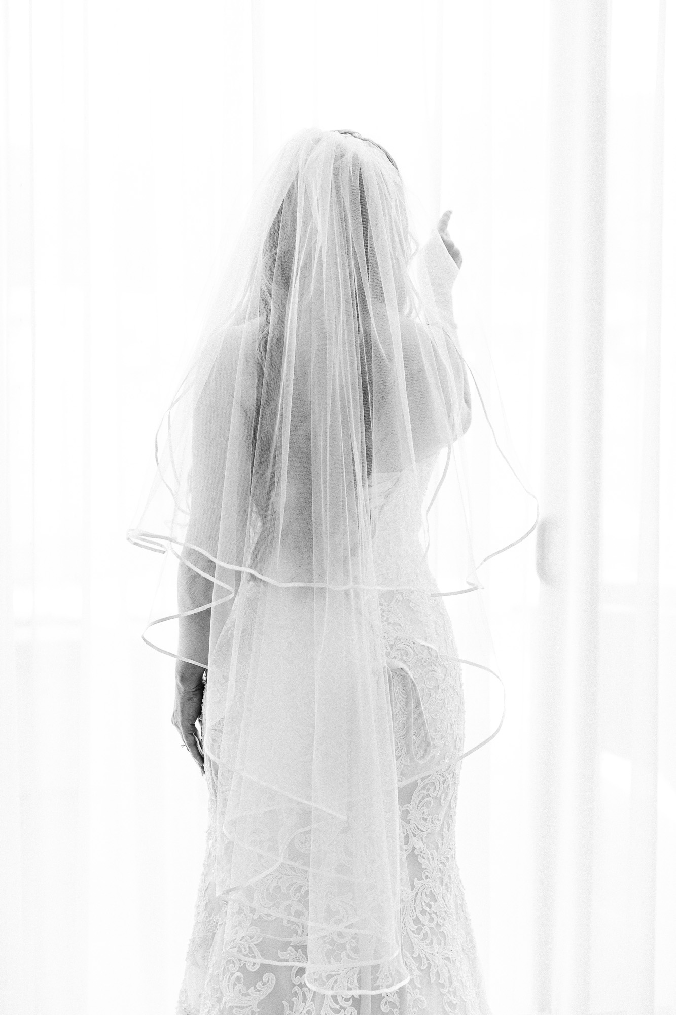 Heather_Pat_San_Marcos_Lakehouse_Wedding_143.jpg