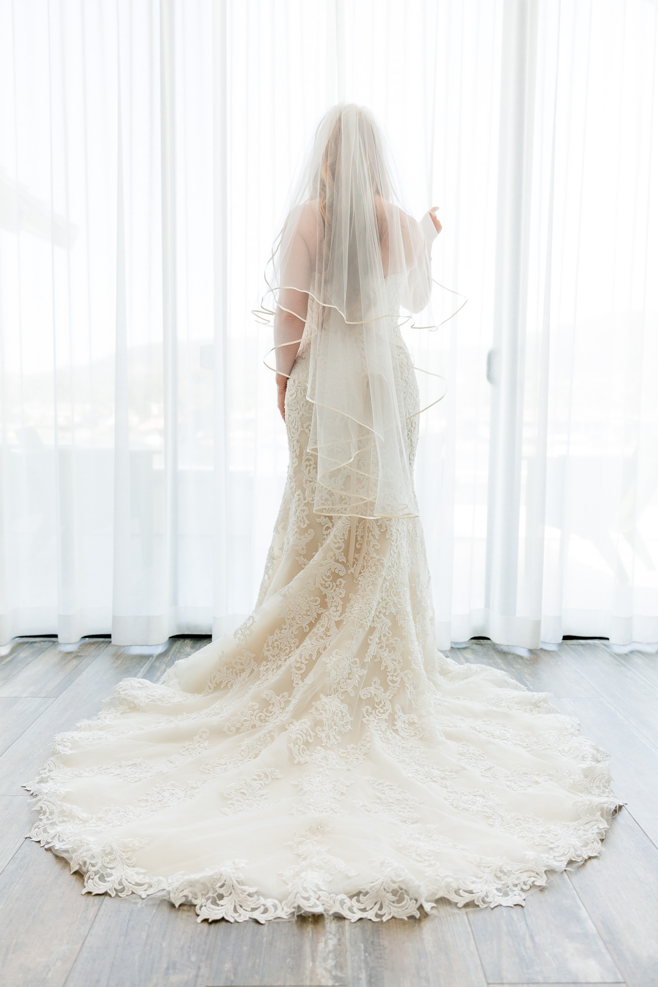 Heather_Pat_San_Marcos_Lakehouse_Wedding_145.jpg