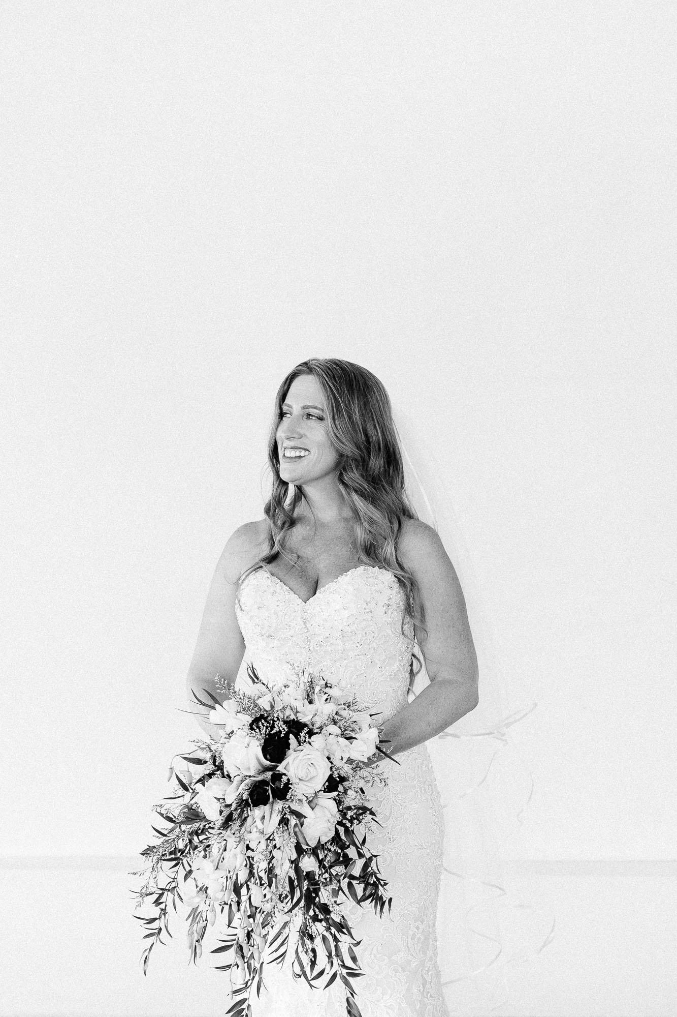 Heather_Pat_San_Marcos_Lakehouse_Wedding_194.jpg