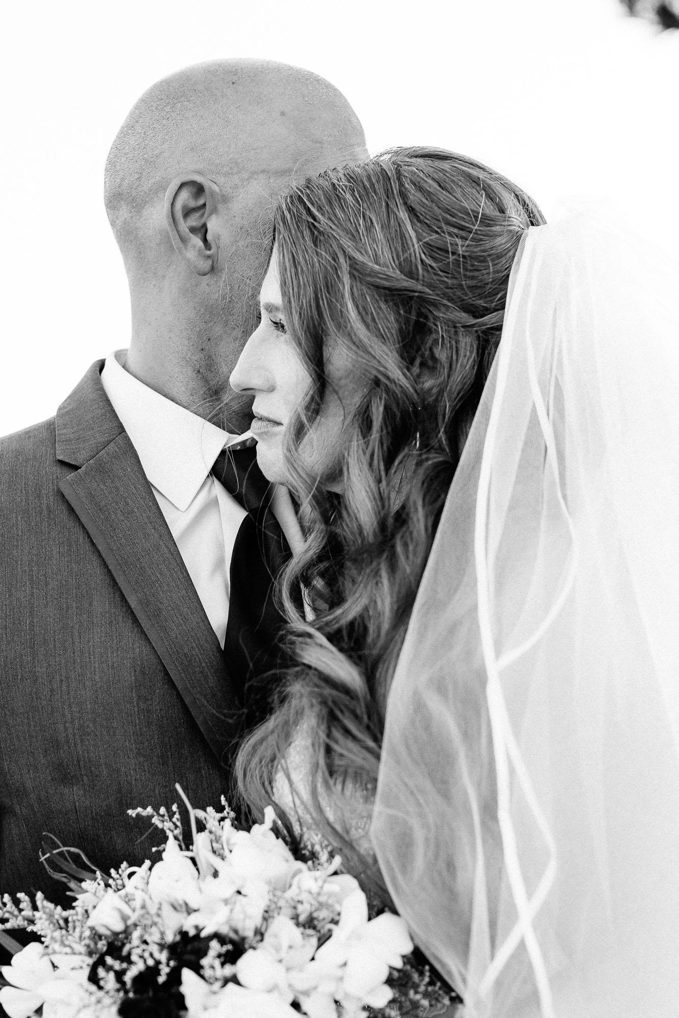 Heather_Pat_San_Marcos_Lakehouse_Wedding_520.jpg