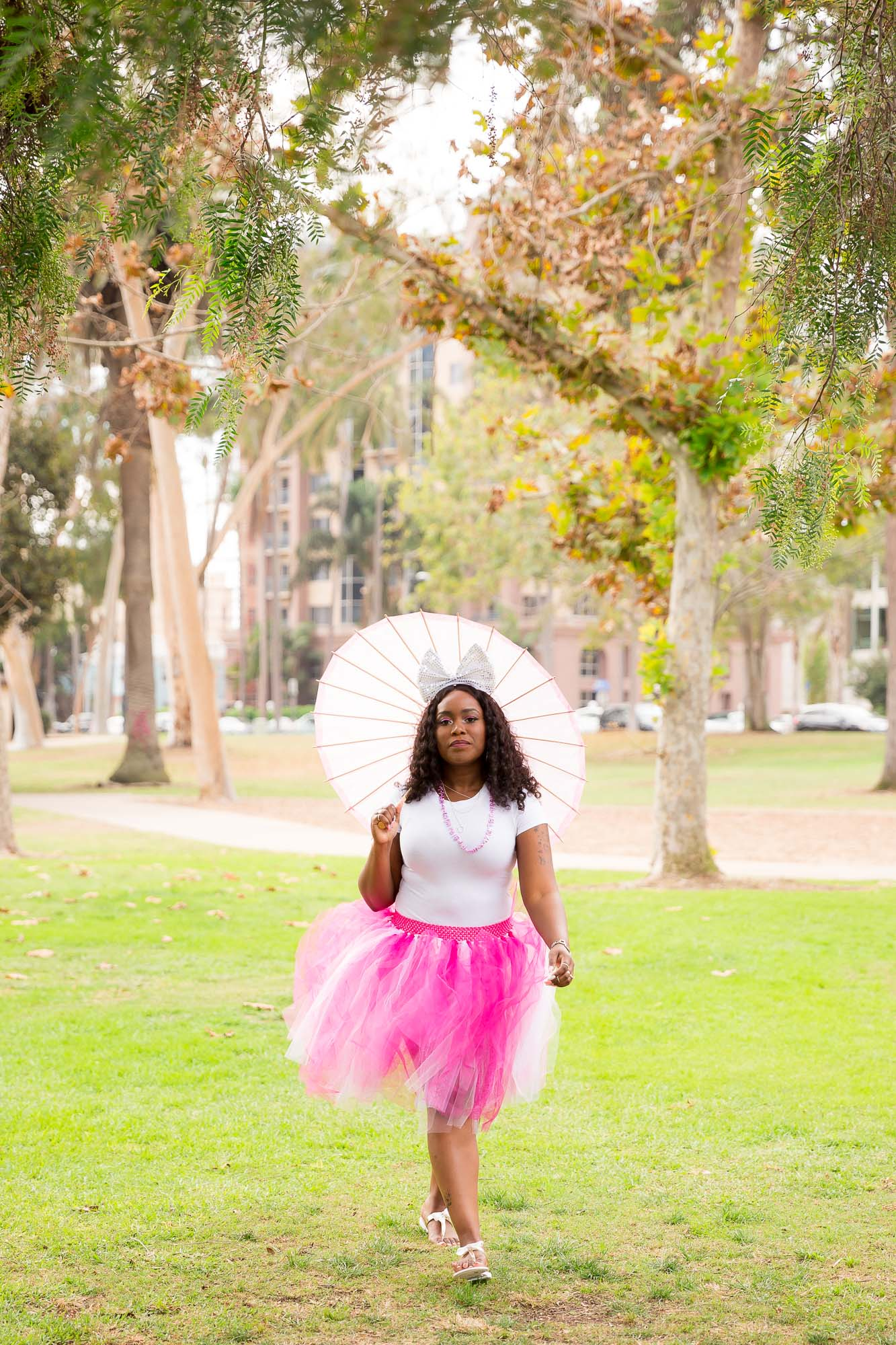30_Shades_of_Pink_Portrait_Session-7.jpg