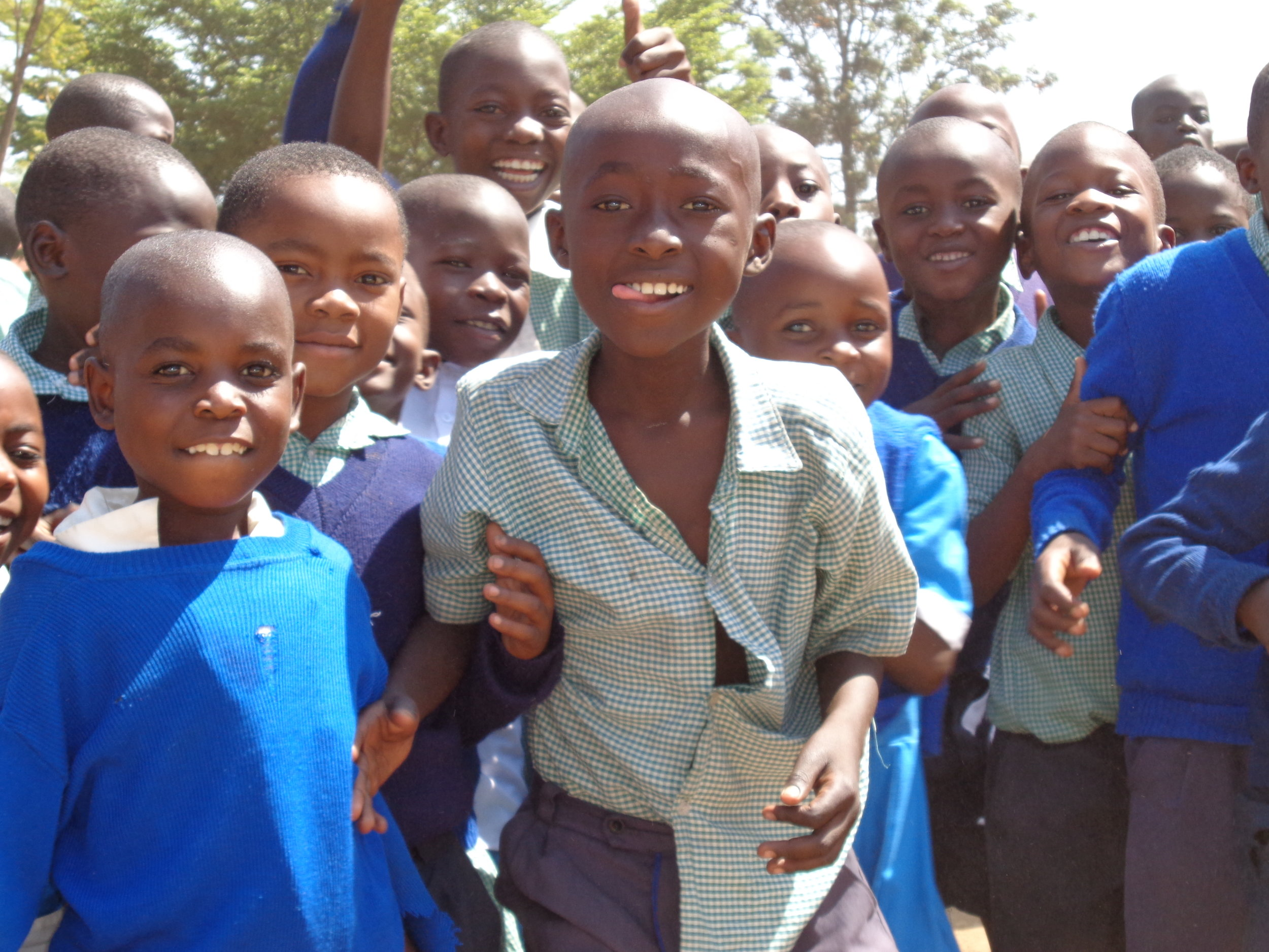 VIHIGA-KENYA<br>80 SOLAR LAMPS & 80 COOK STOVES<br> Funded by: Crowdfunding