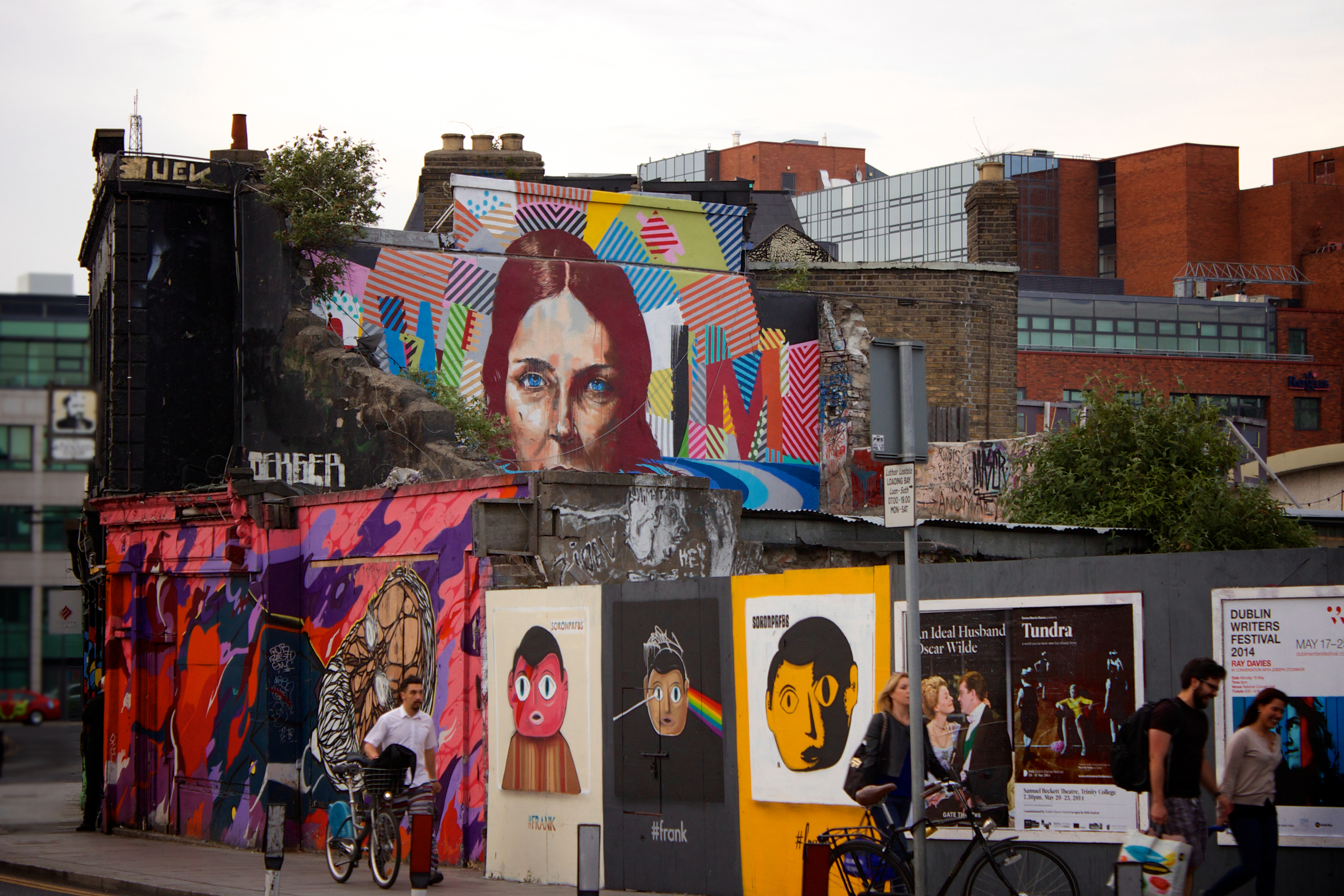 city-people-art-sidewalk.jpg