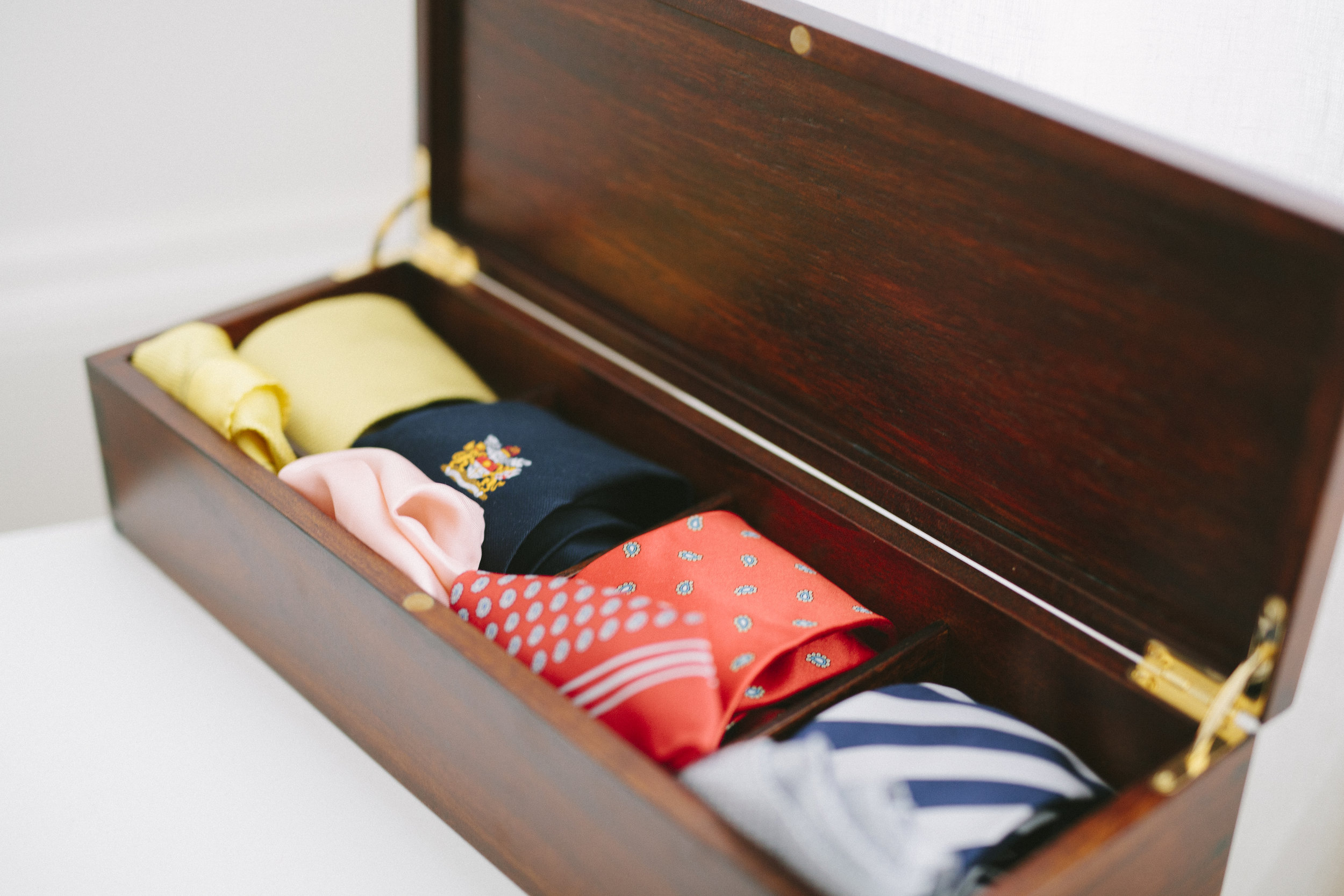 Les Cravate