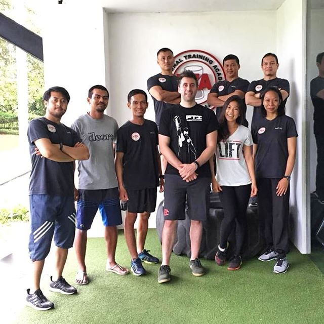 Passion is energy. Feel the power that comes from focusing on what excites you.  Contact us for more information: @equator.life @fta_jkt @fta_jkt2 • • • #FunctionalTrainingAcademy #FunctionalTrainingAcademyJakarta #functionalrehab #functional #rehab #rehabilitation #workshop #functionaltraining #functionalfitness #EquatorLife #KemangTribe #personaltrainer  #coach #coaching