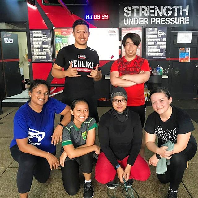 It's a good day to have a great workout. Come and join with us!  Contact us for more information: ☎ +6281284847199 • • 📍Equator x Bengkel South Wisma Anugraha (basement) Jl. Taman Kemang No.32B RT 14/ RW 1 Bangka, Mampang Prapatan Jakarta Selatan 12730  #EquatorLife  #KemangTribe #goodvibes #positivevibes #community #workout #fitness #personaltraining #health #healthy #sweat #sweaty