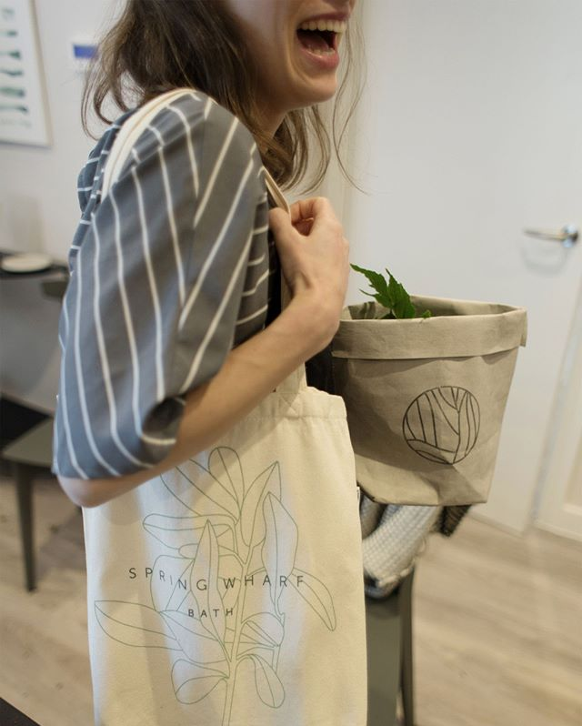 Who doesn't love a tote bag? Our branded tote for Spring Wharf in Bath looks set to become a bit of a perennial favourite.  #identity #london #design #designagency #branding #advertising #print #brochures #digital #designagencylondon #designagencylife #designagencyuk #coolbrands #springwharf #bath #homestorent #rentalapartments #merchandise #totebag #bag