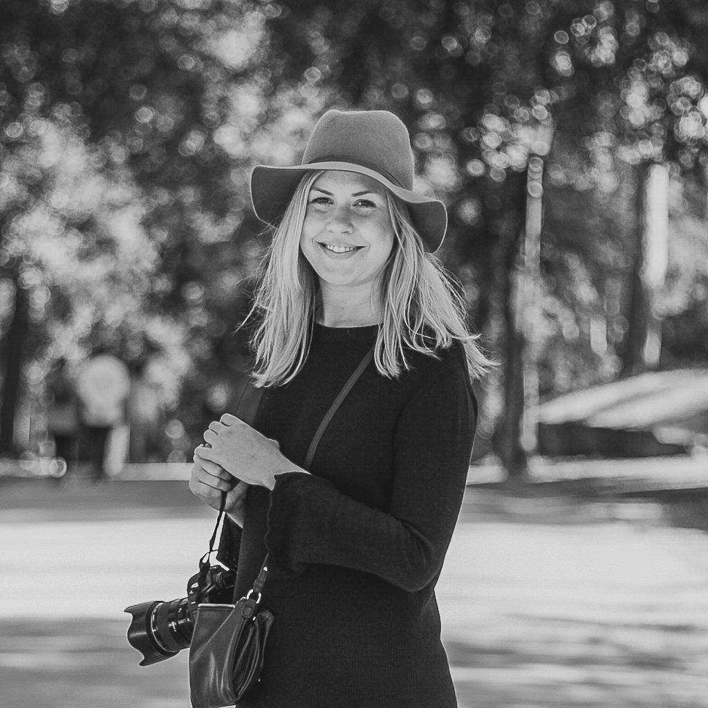 Raccoon London - Corporate Portrait Photographer - London - Sara