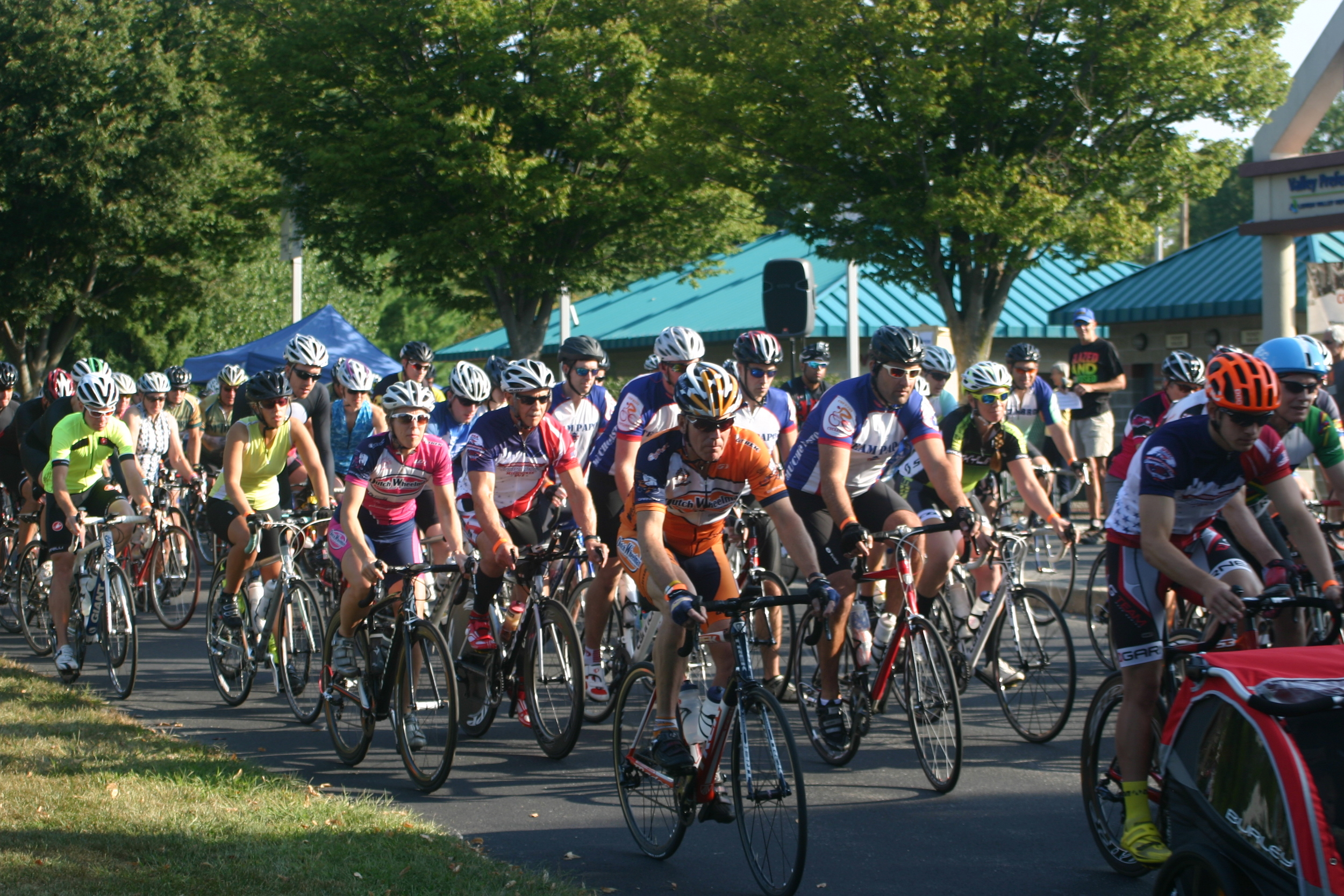 The start was a full-gas affair straight from the gun. Photo courtesy Chuck Rudy.