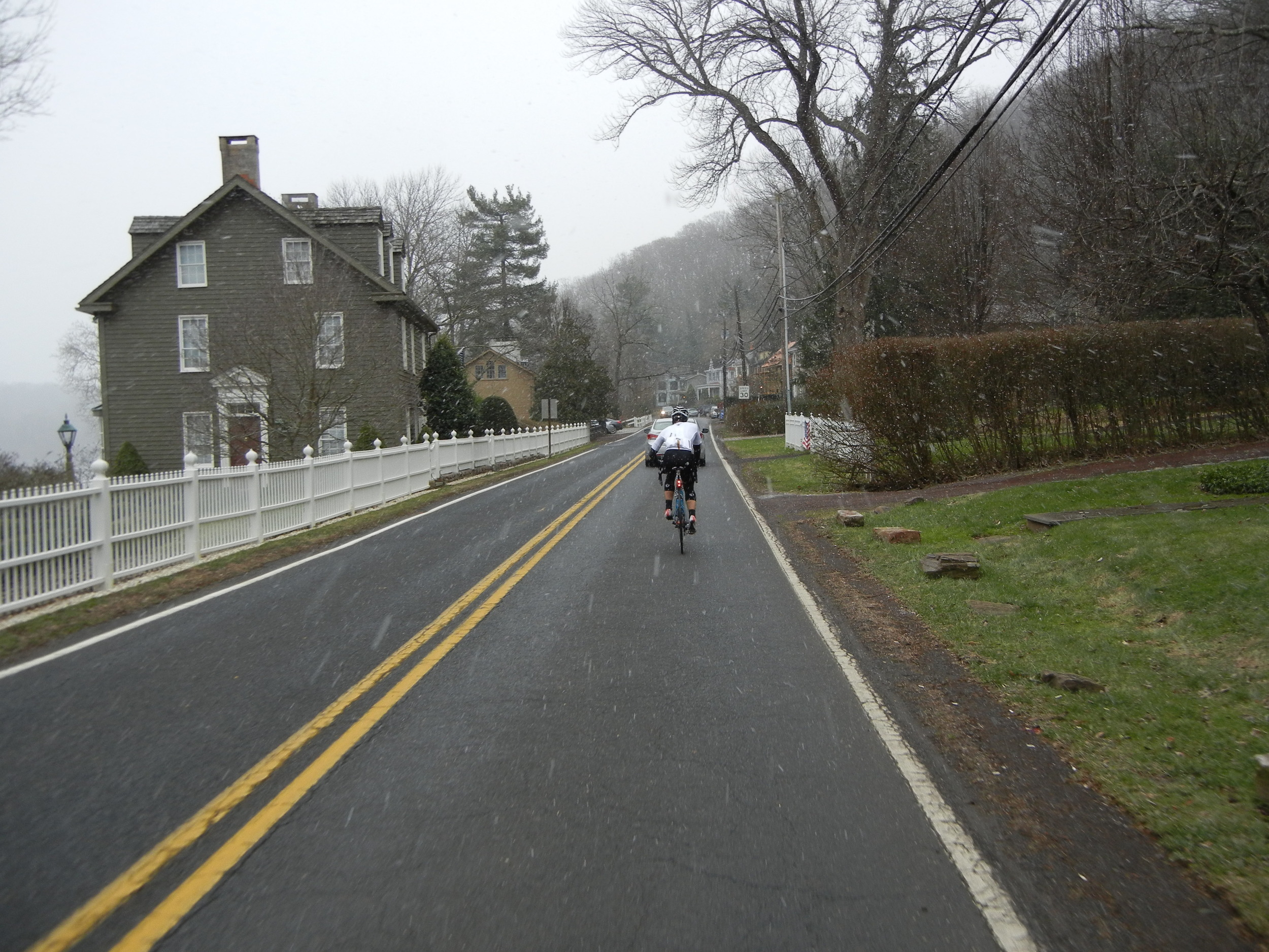 Cruising through Lumberville, PA, with the Delaware River to the left.