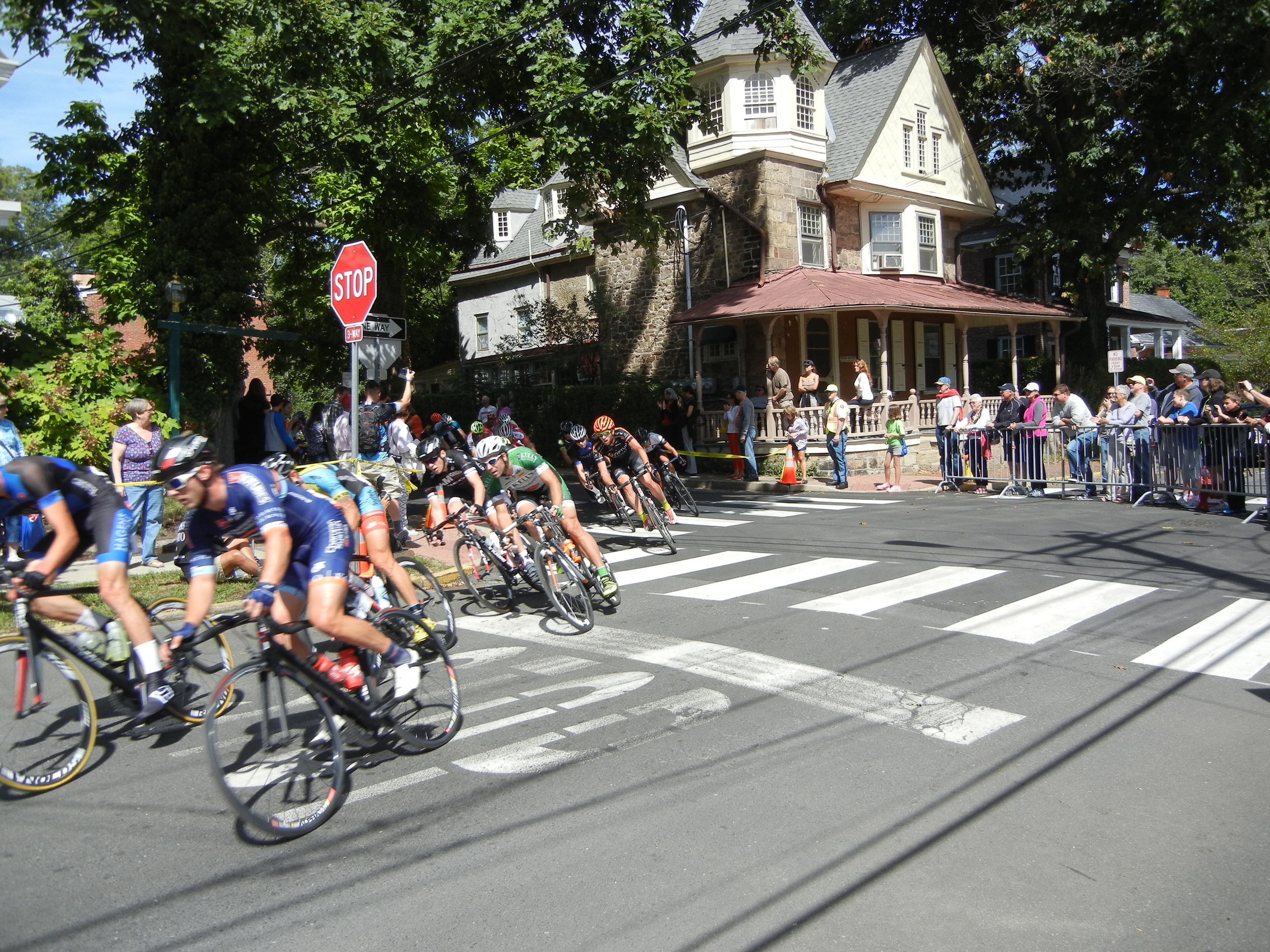 The 2014 edition saw sunny skies that allowed the Pine Street turn to be taken a full speed.