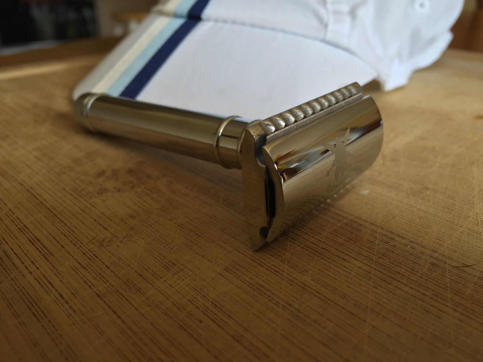 The Spartan double-edged (safety) razor available by Dreadnought.