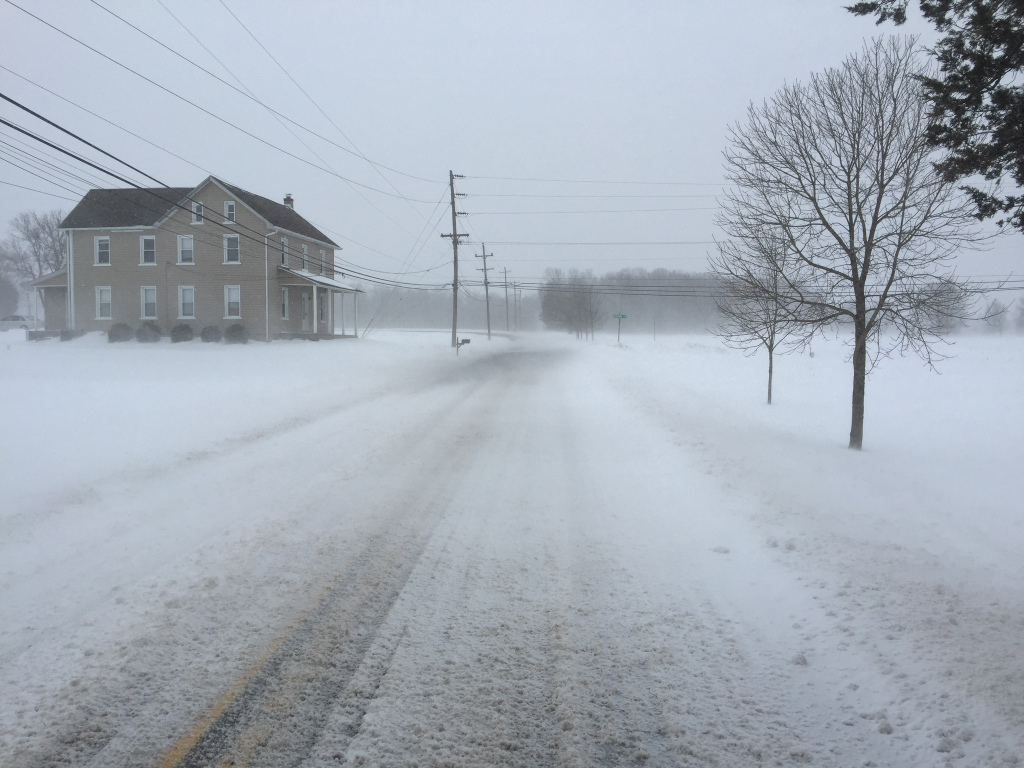 The crosswind covered the whole road from right to left while the road curled off to the left, creating a tailwind.