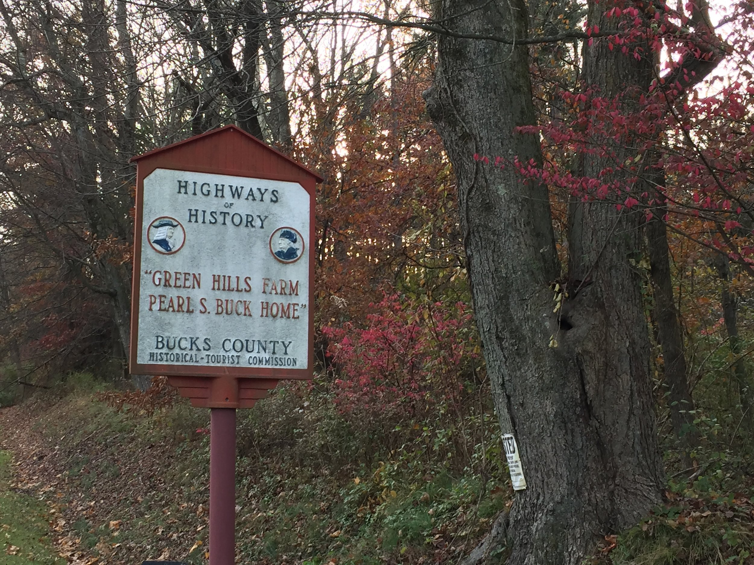 Looking southeastward, one could glimpse at the Highways of History sign denoting Green Hills Farm Pearl S. Buck Home.