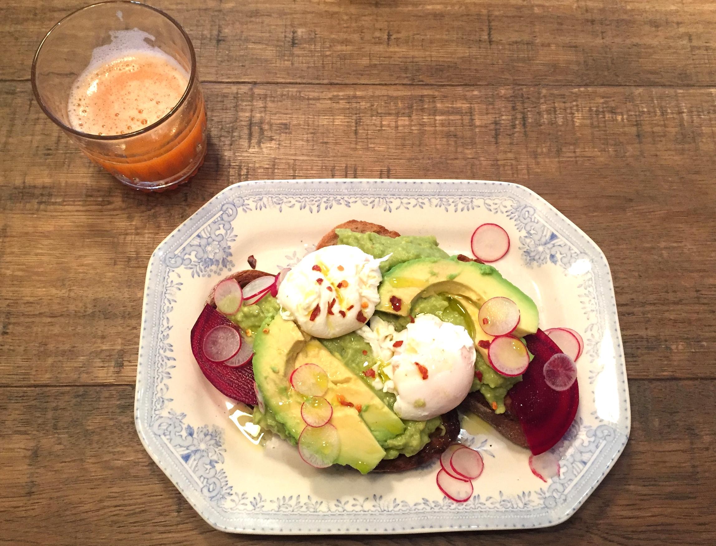 Avocado on toast breakfast NAC