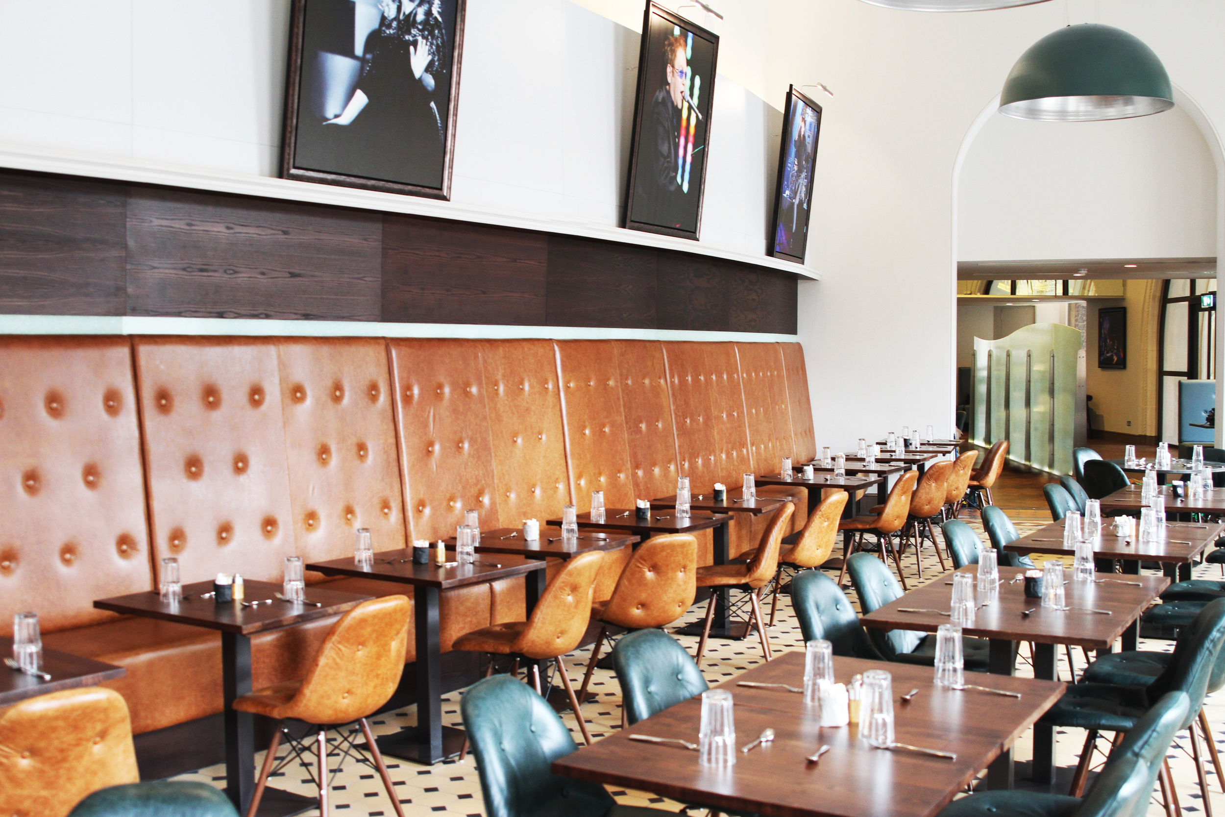 Verdi Restaurant in Royal Albert Hall serves Afternoon Tea