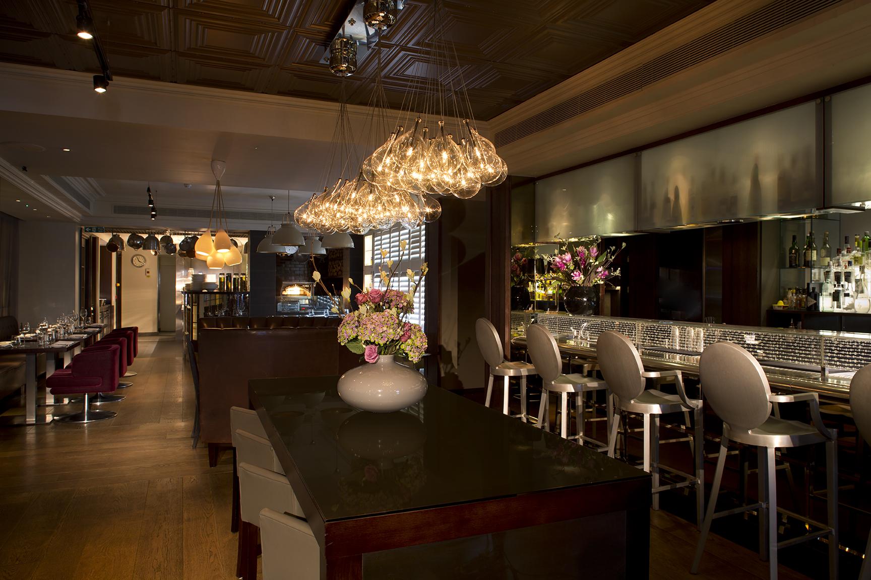 Hunter 486 restaurant review