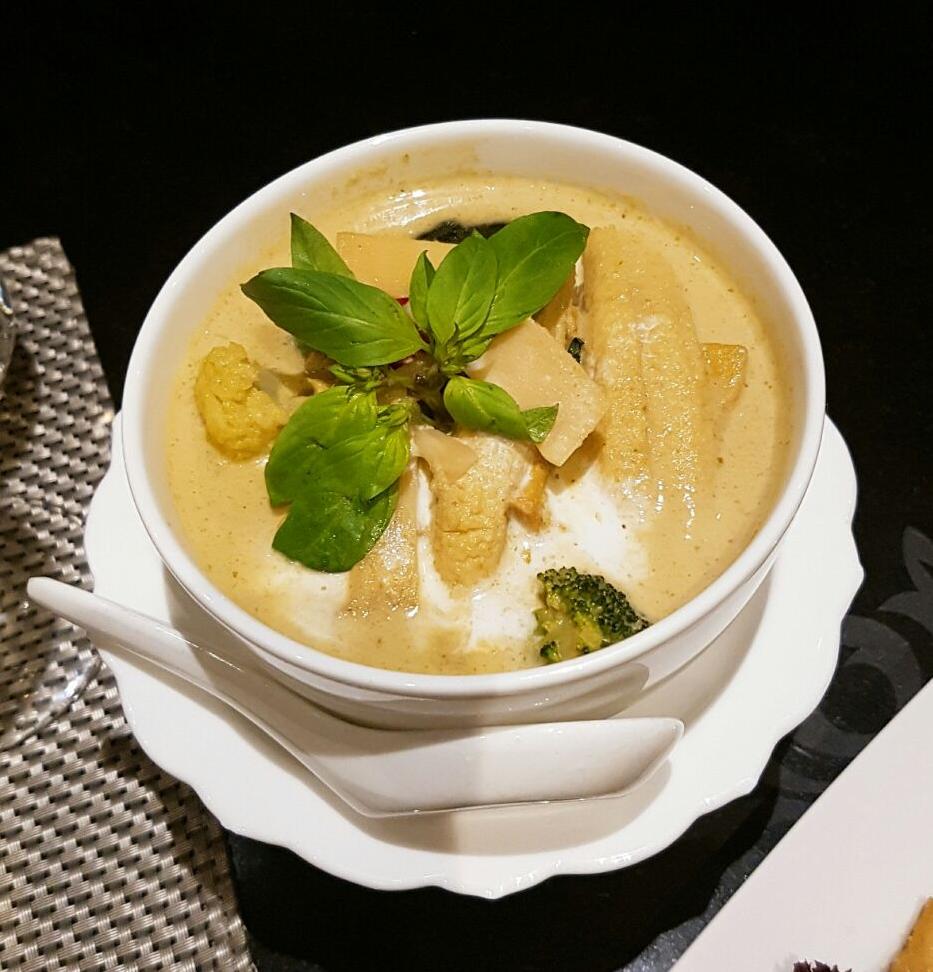 Thai Green Curry - Nipa Thai review