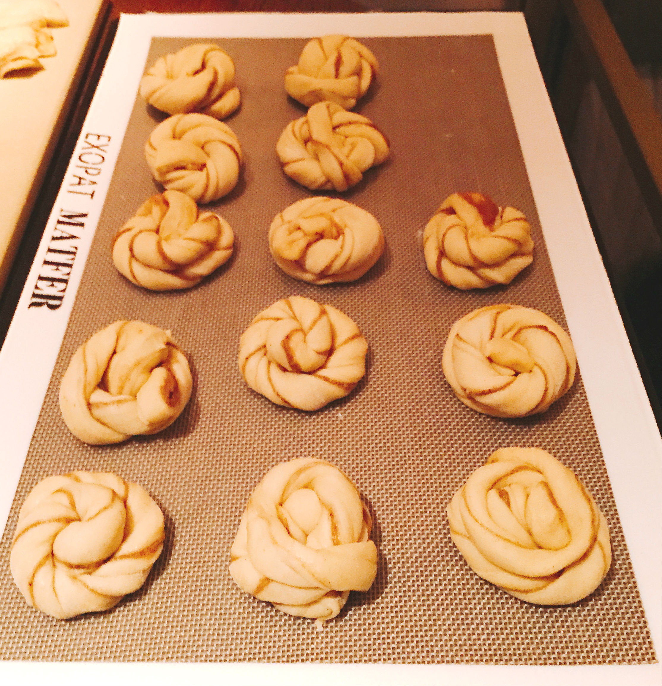 Aster Cinnamon buns