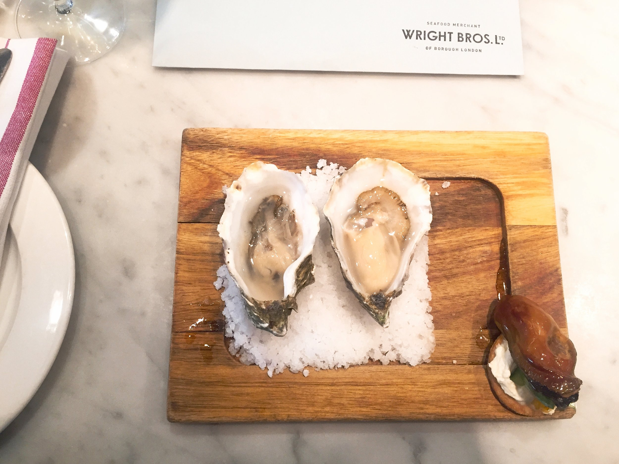 Naked oysters at Wright Brothers Spitalfields