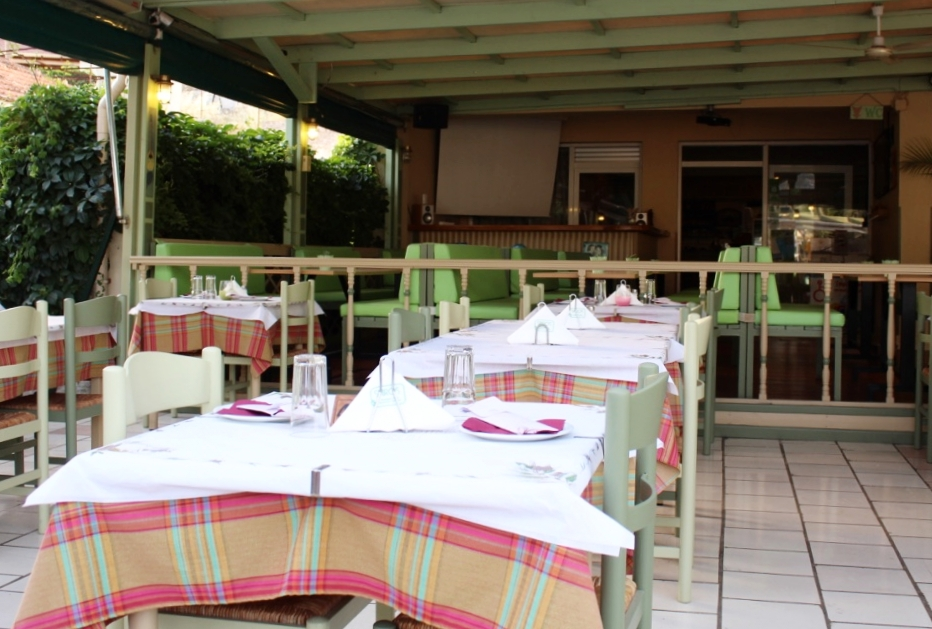 Spiros Kefalonia Greece restaurant review