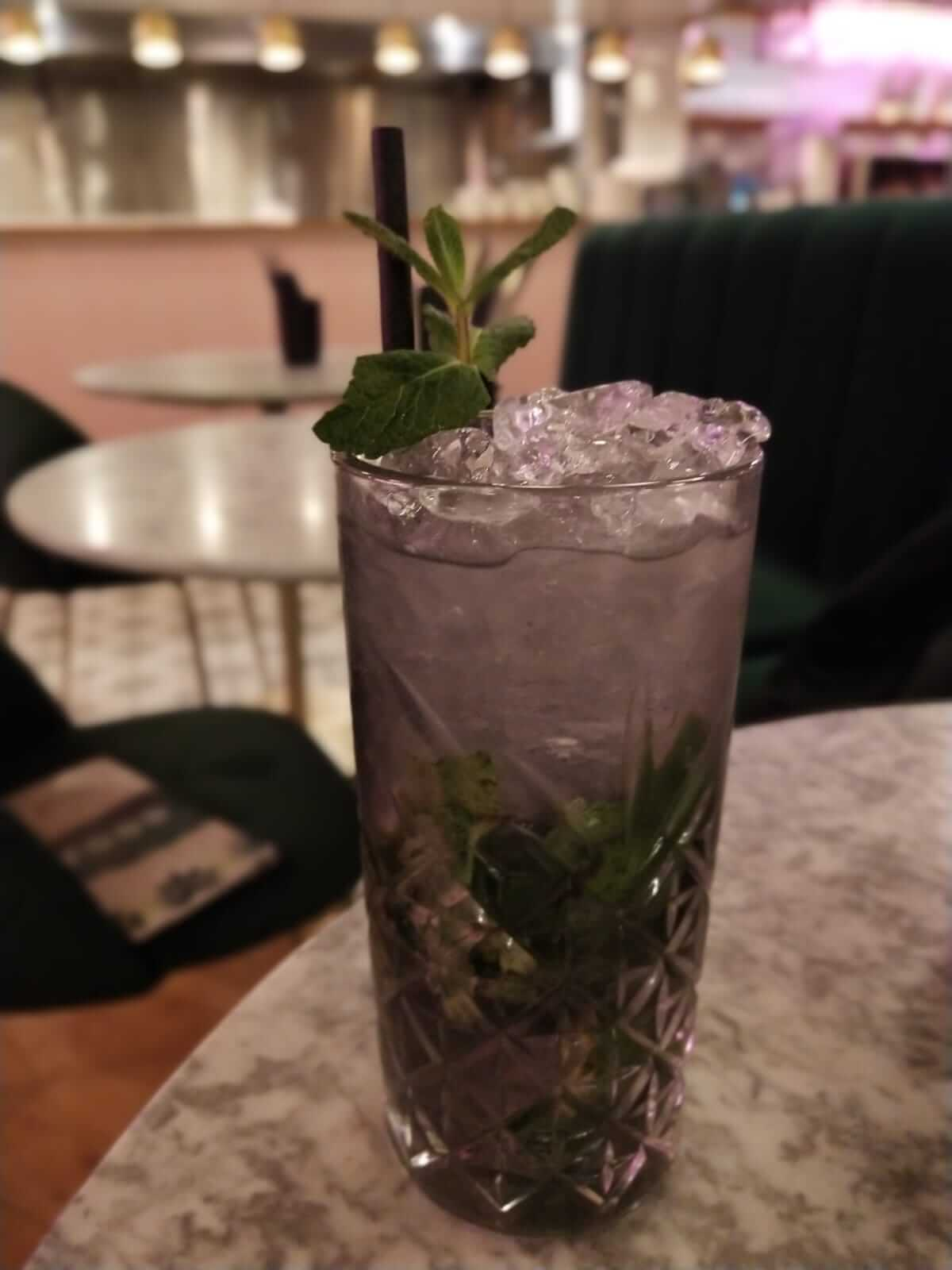 Drinks at Skinny Kitchen restaurant review