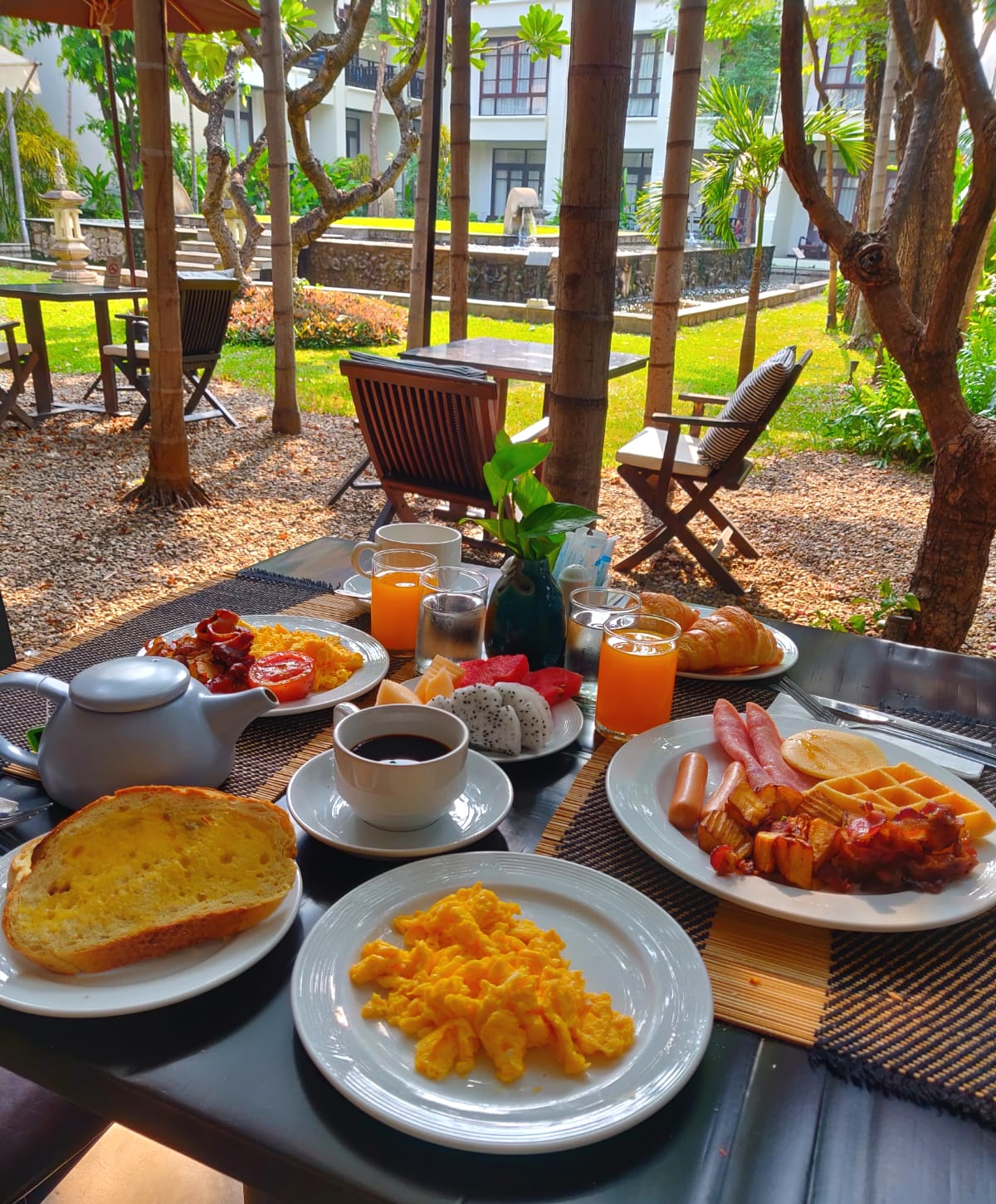 Bodhi Serene Boutique Hotel Breakfast Review
