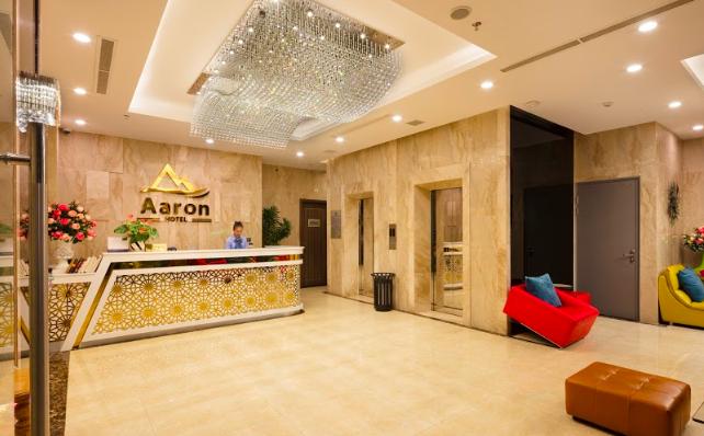 Aaron Hotel reception area