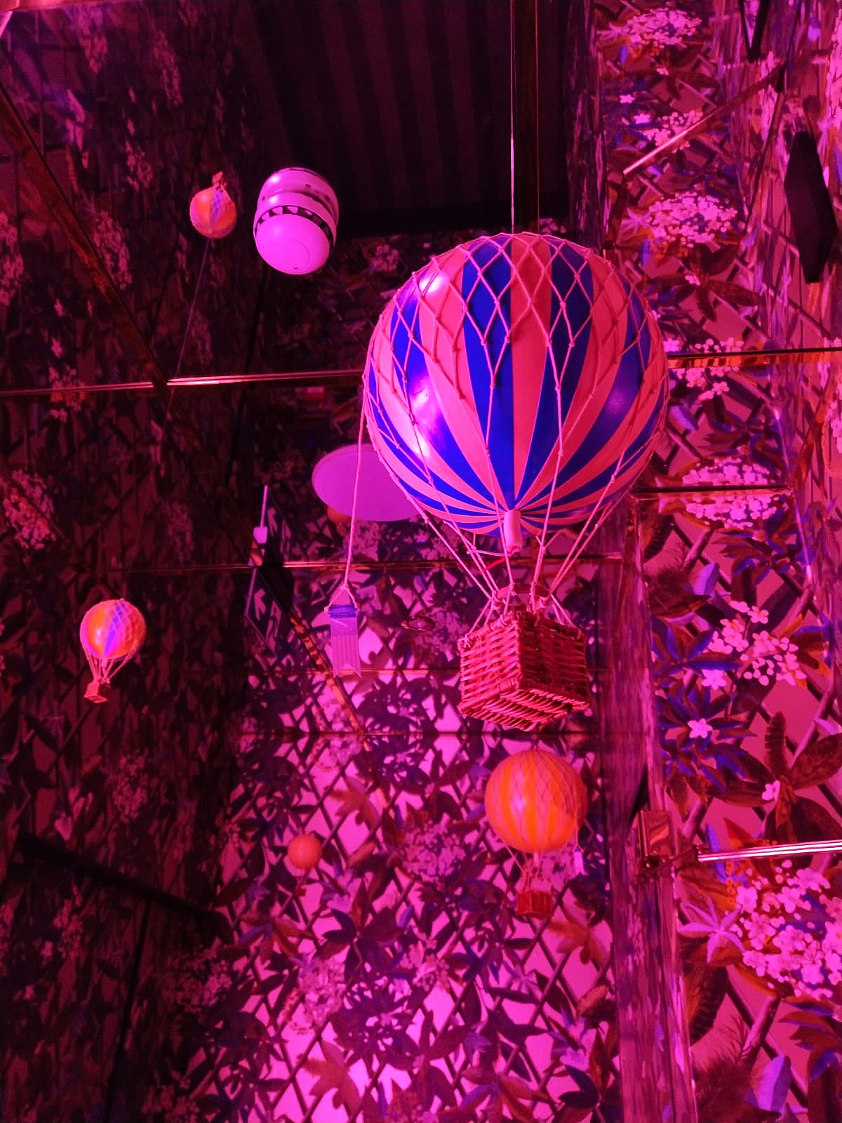 Quirky hanging hot air balloons inside Ritorno