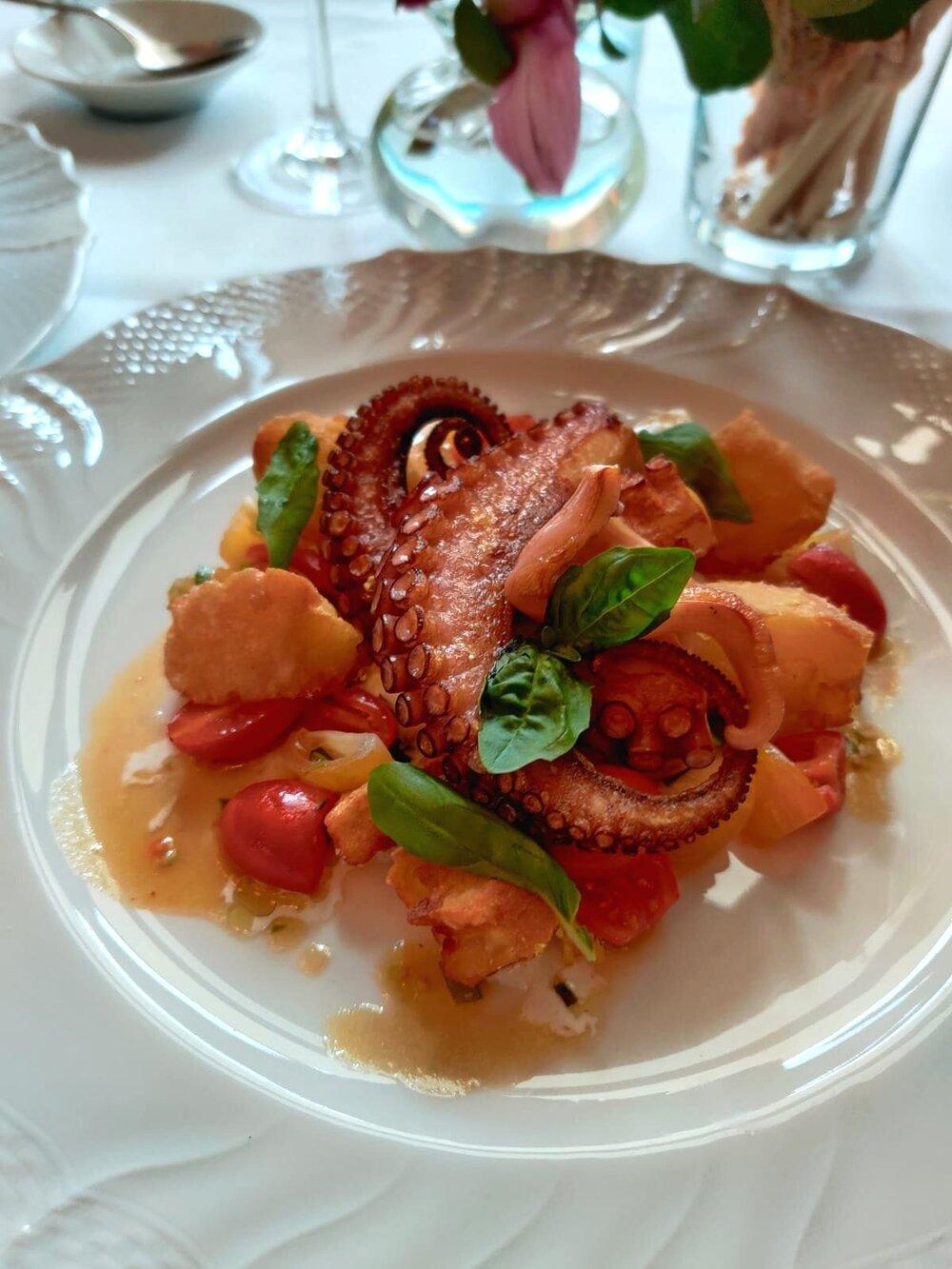 Hotel+Savoy+Florence+octopus.jpg