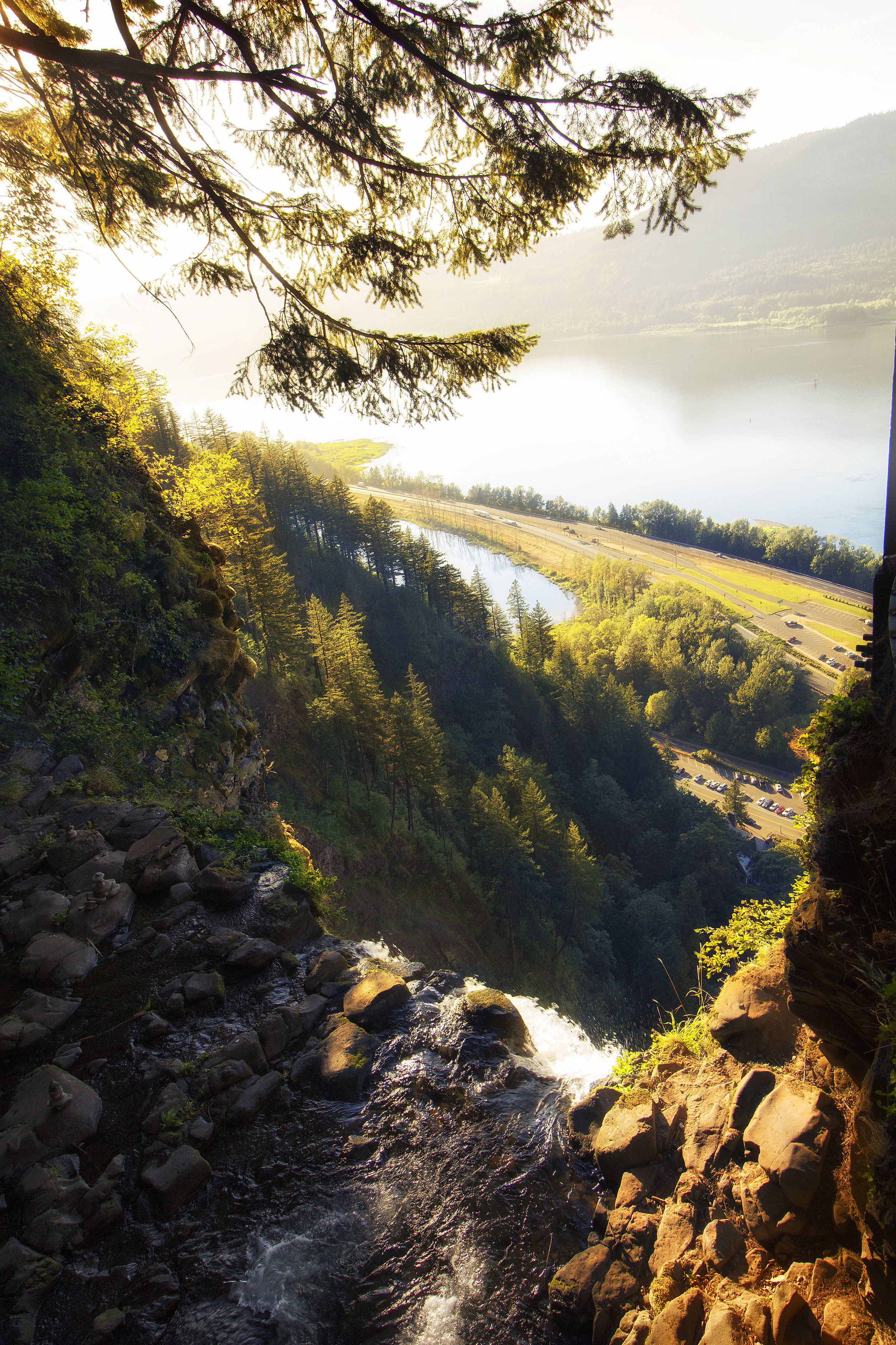 Multnomah Falls from the top - Oregon