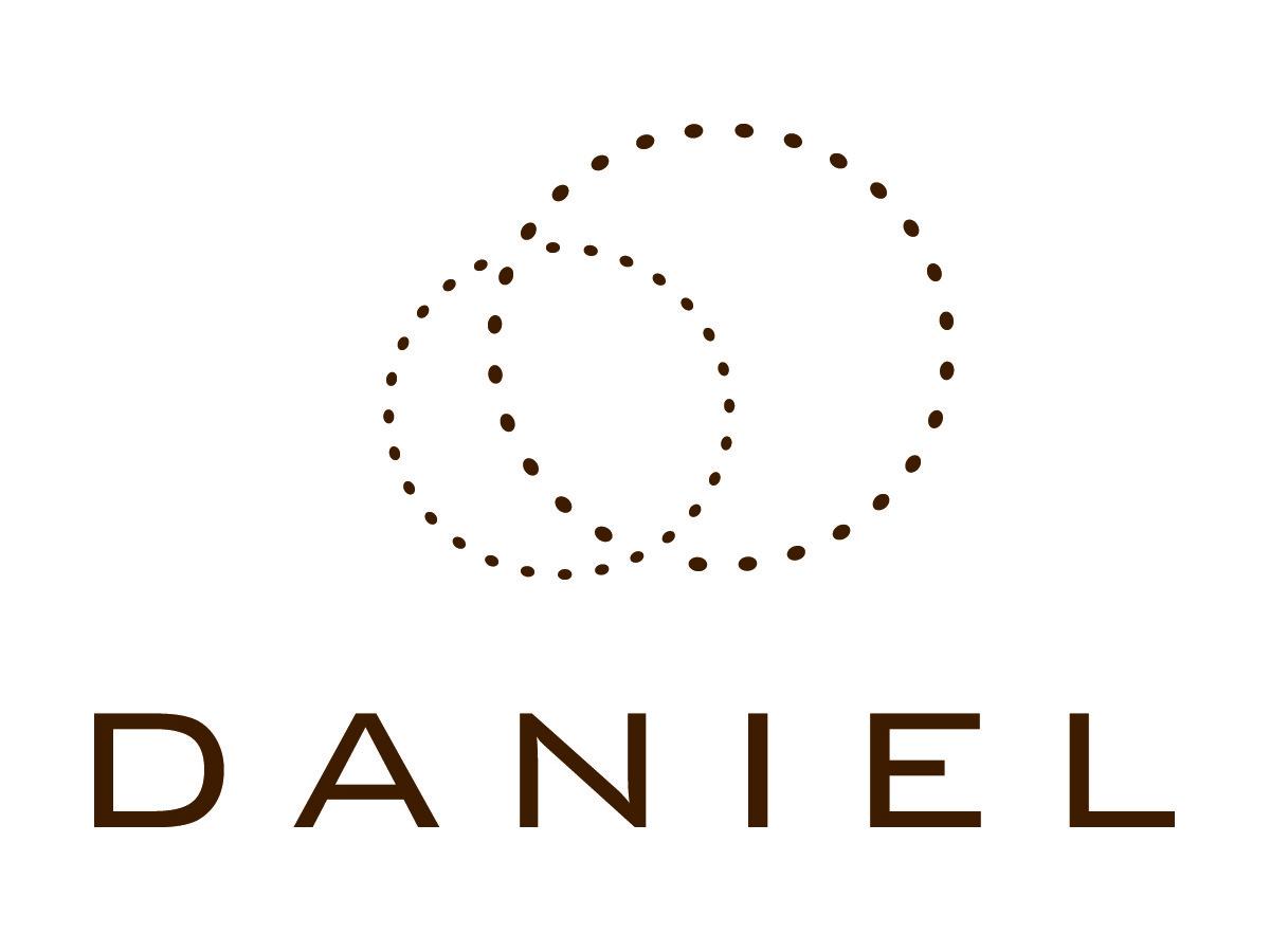 DANIEL.jpg