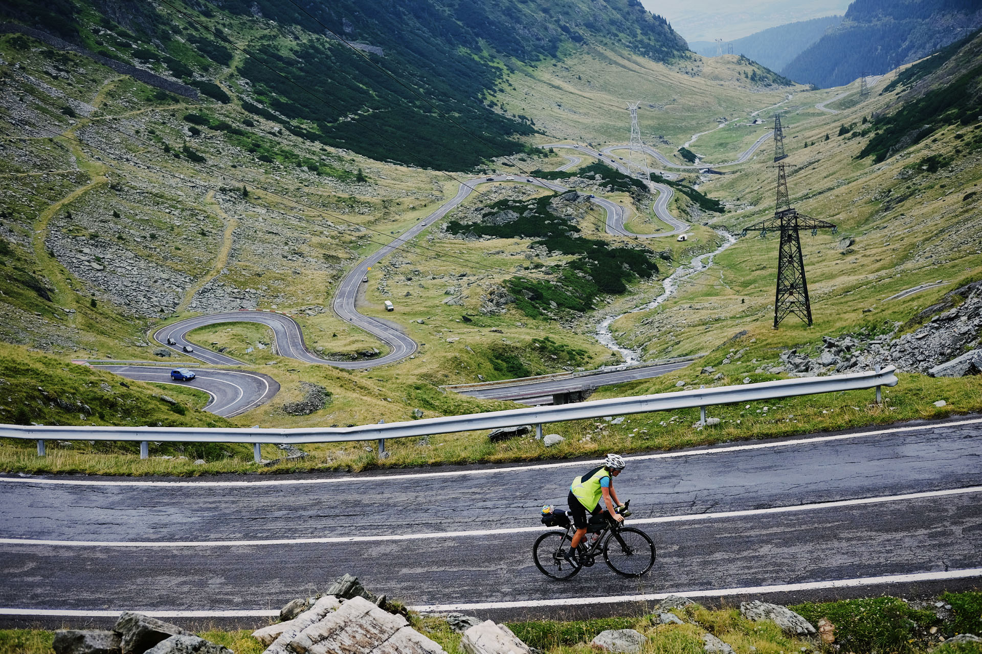 Serpentine roads during the #TCRN05