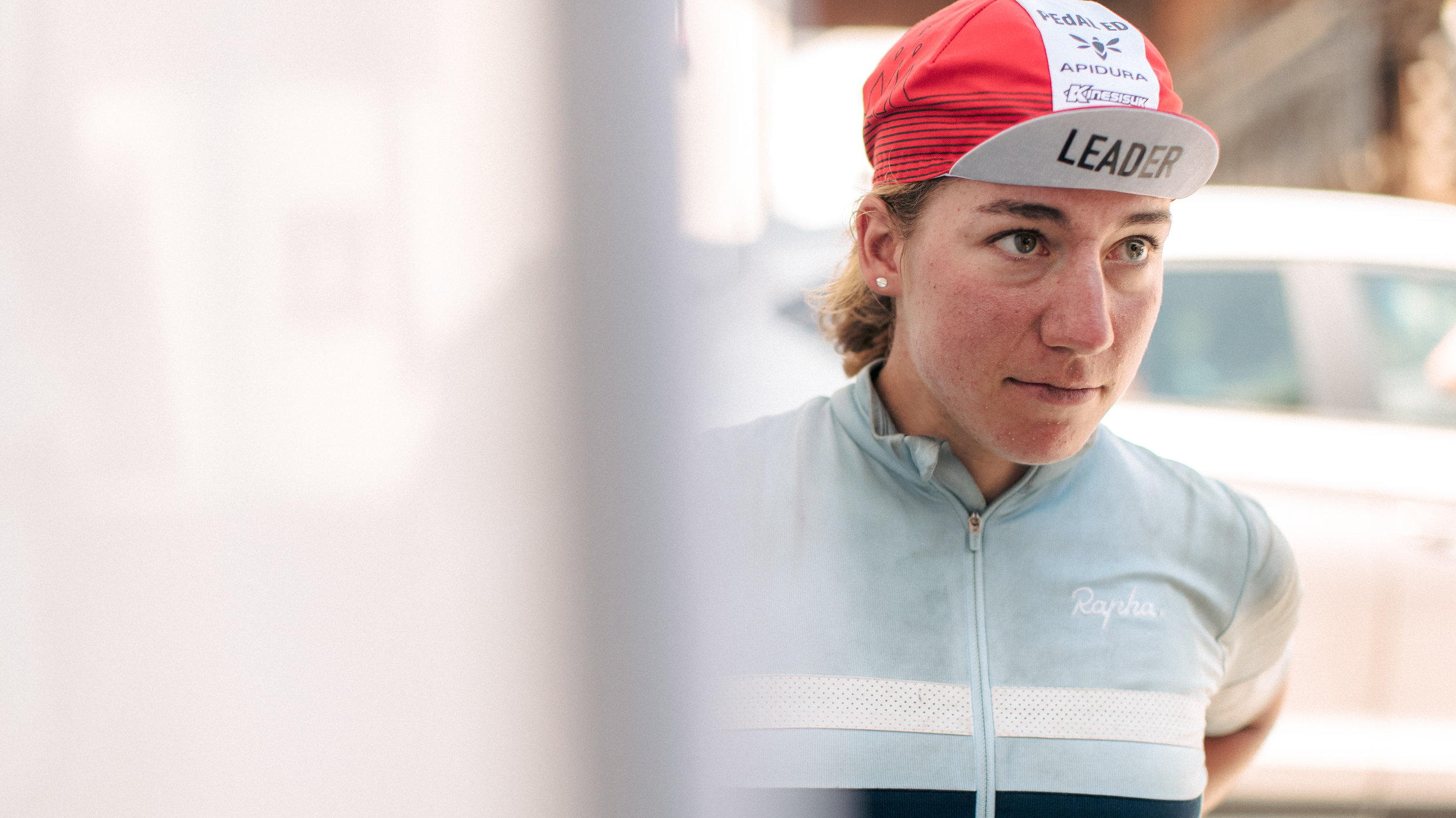 Fiona Kolbinger wears the CP3 leader's cap. Photo: Angus Sung©