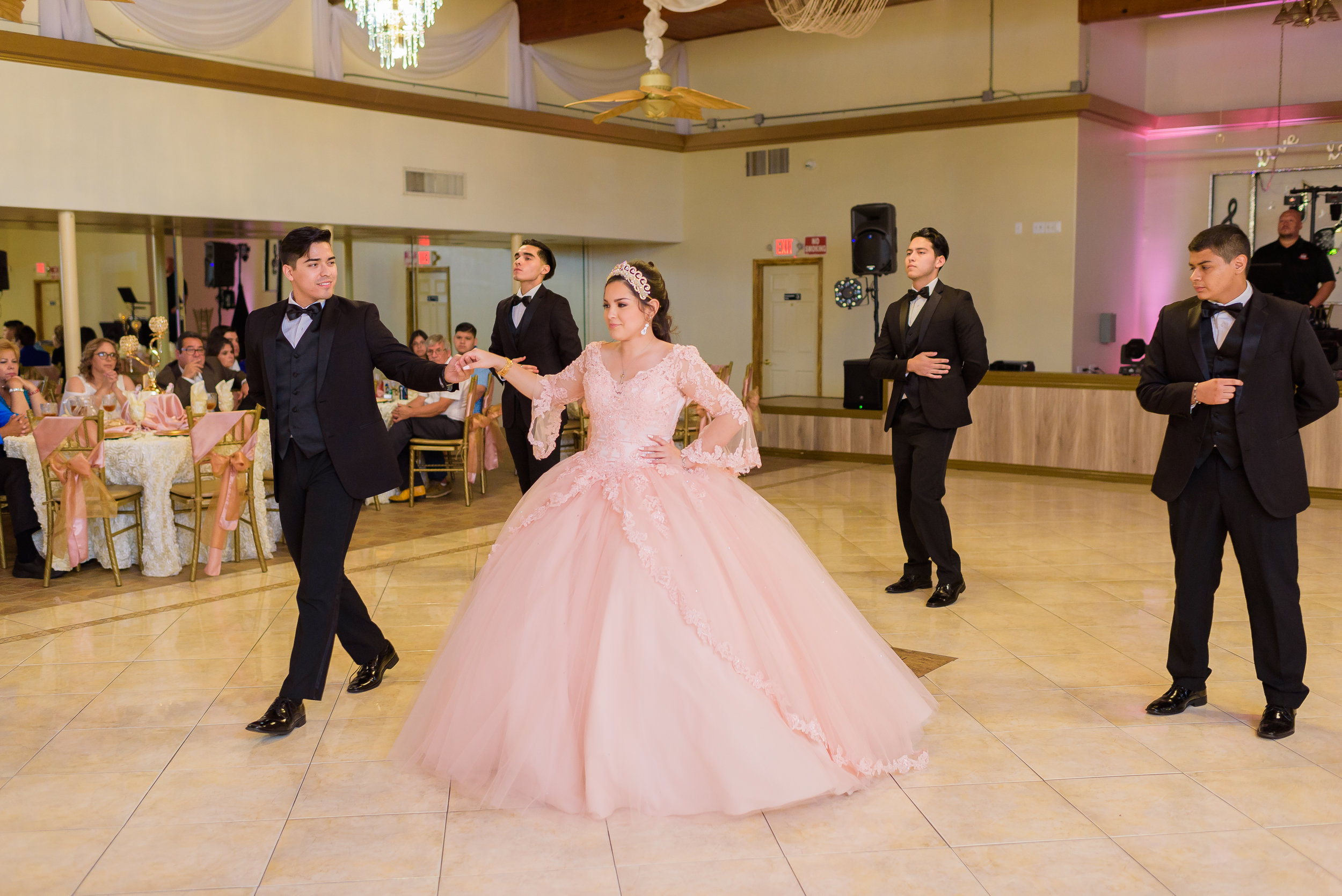 Houston Chambelanes Co  - Quinceañera Choreographies and