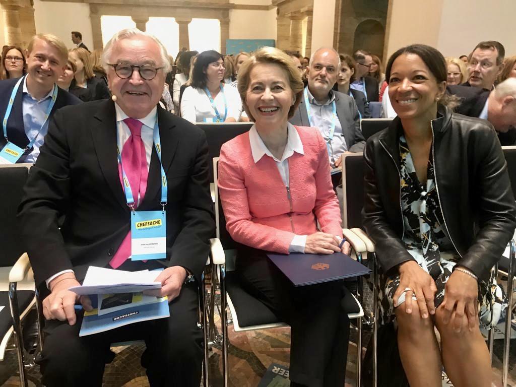 AllBright-Gründer Sven Hagströmer, Bundesverteidigungsministerin Ursula von der Leyen, Siemens-Vorständin Janina Kugel