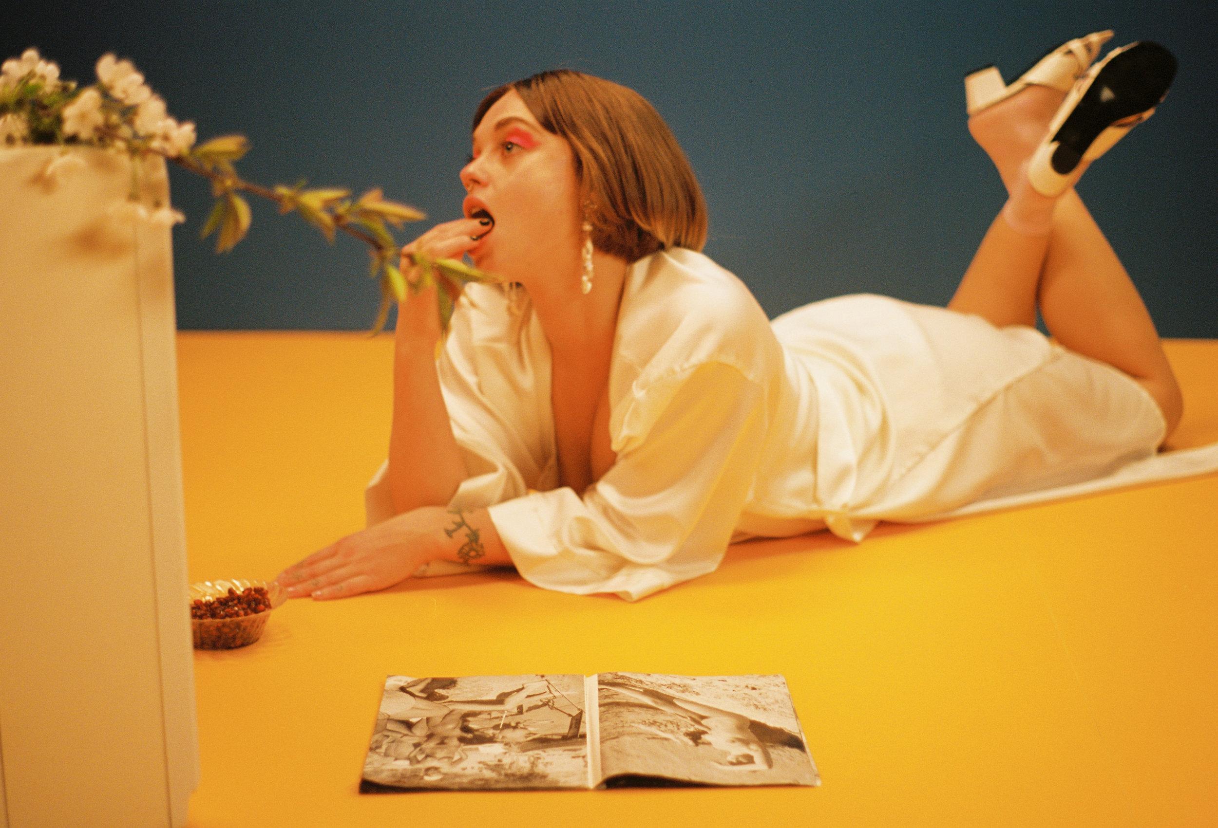 Model: Natalia Mitchell