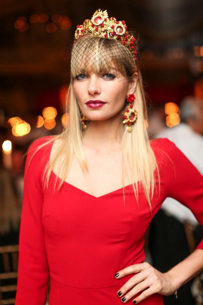Jessica-Hart_-Save-Venice-Un-Ballo-in-Maschera-Event--02-662x993.jpg