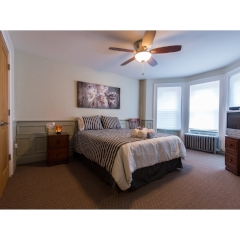 3 BEDROOM CLEANING & LAUNDRY $130.00