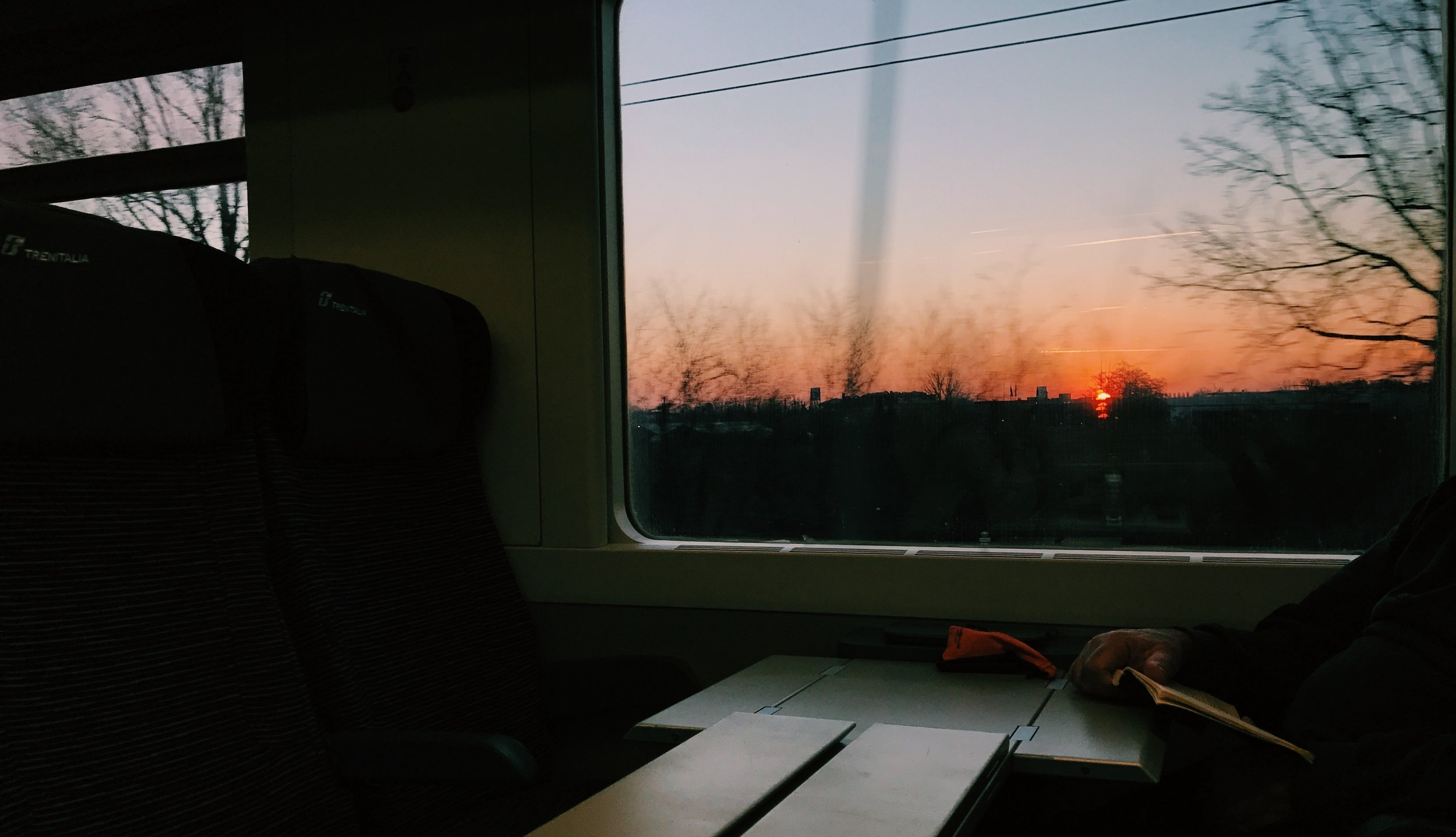6AM Train from Milan - La Spezia