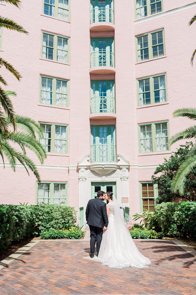 museum-of-fine-arts-st-pete-florida-pink-wedding-every-last-detail-lauren-thomas-18.jpg