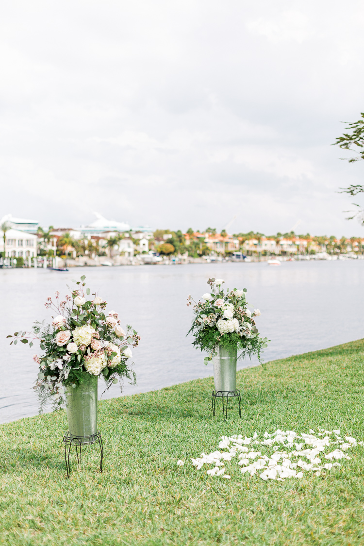 davis-island-garden-club-tampa-wedding-photo-lauren-galloway-photography-58.jpg
