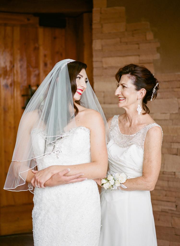 New Mexico Paako Ridge Golf Club Wedding Albuquerque Photo | Lauren Galloway Photography-26.jpg