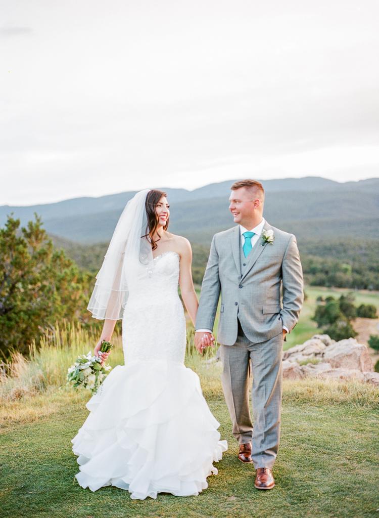 New Mexico Paako Ridge Golf Club Wedding Albuquerque Photo | Lauren Galloway Photography-93.jpg