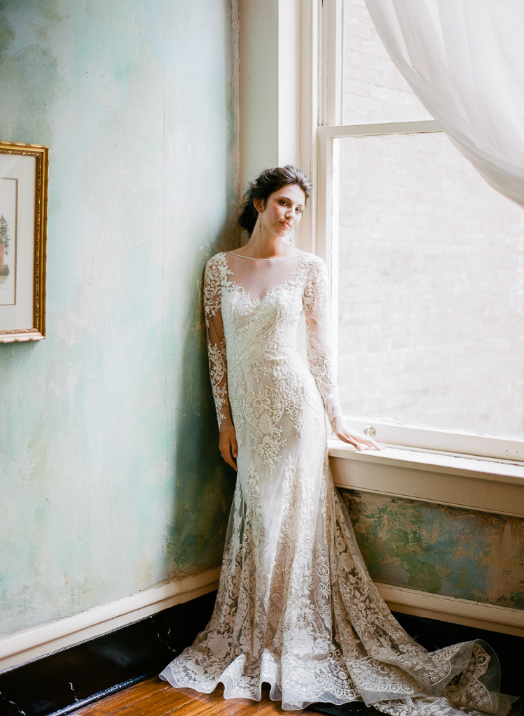Lauren Gallloway | Nashville Old World European Wedding Inspiration at Riverwood Mansion