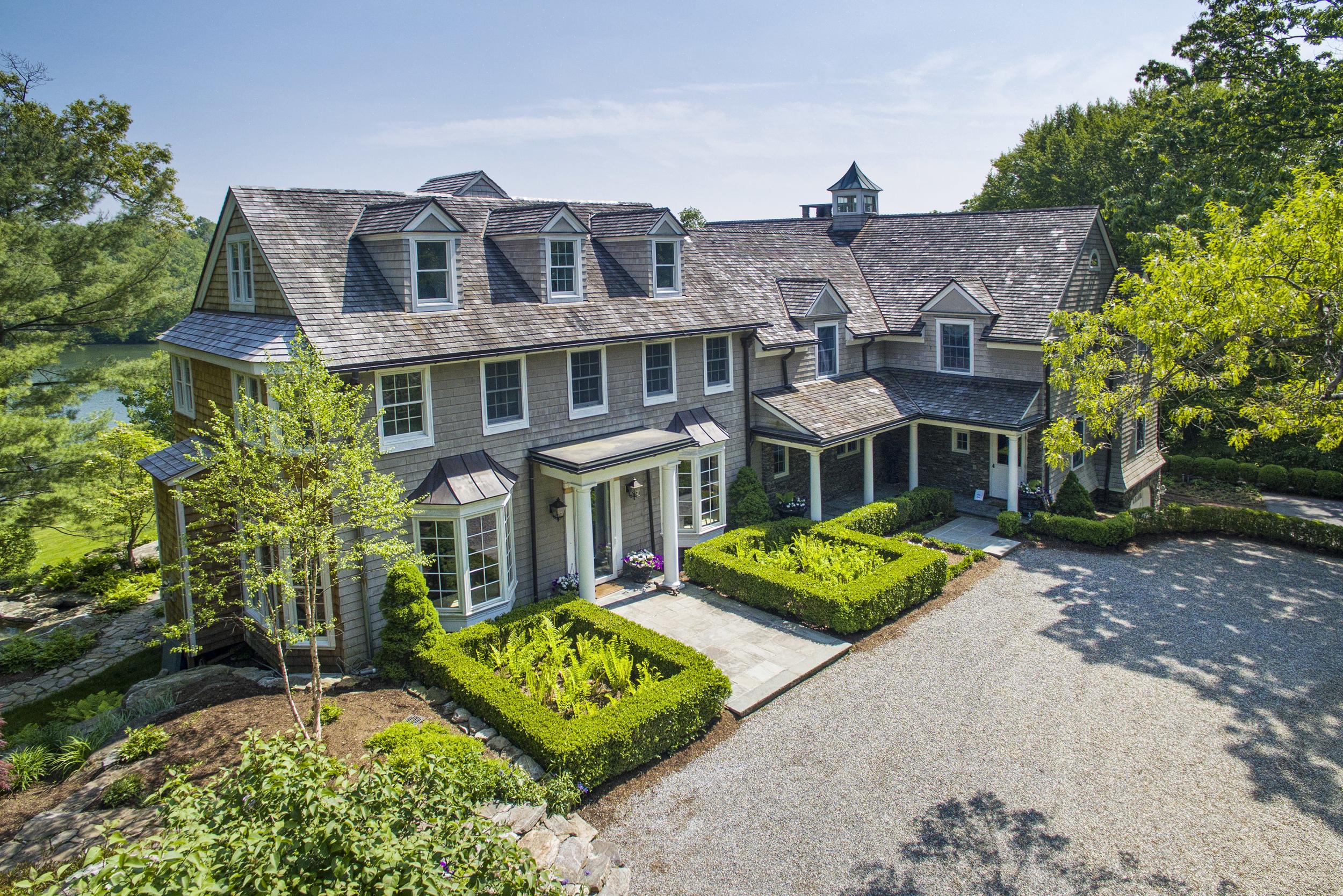 181 Mead Street - $15,985,000